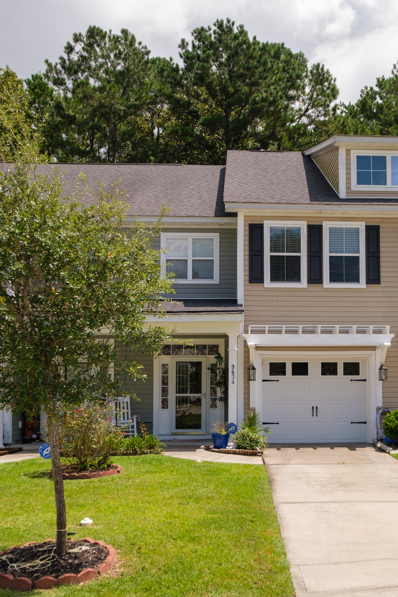 9634 Scarborough Court Summerville, SC 29485