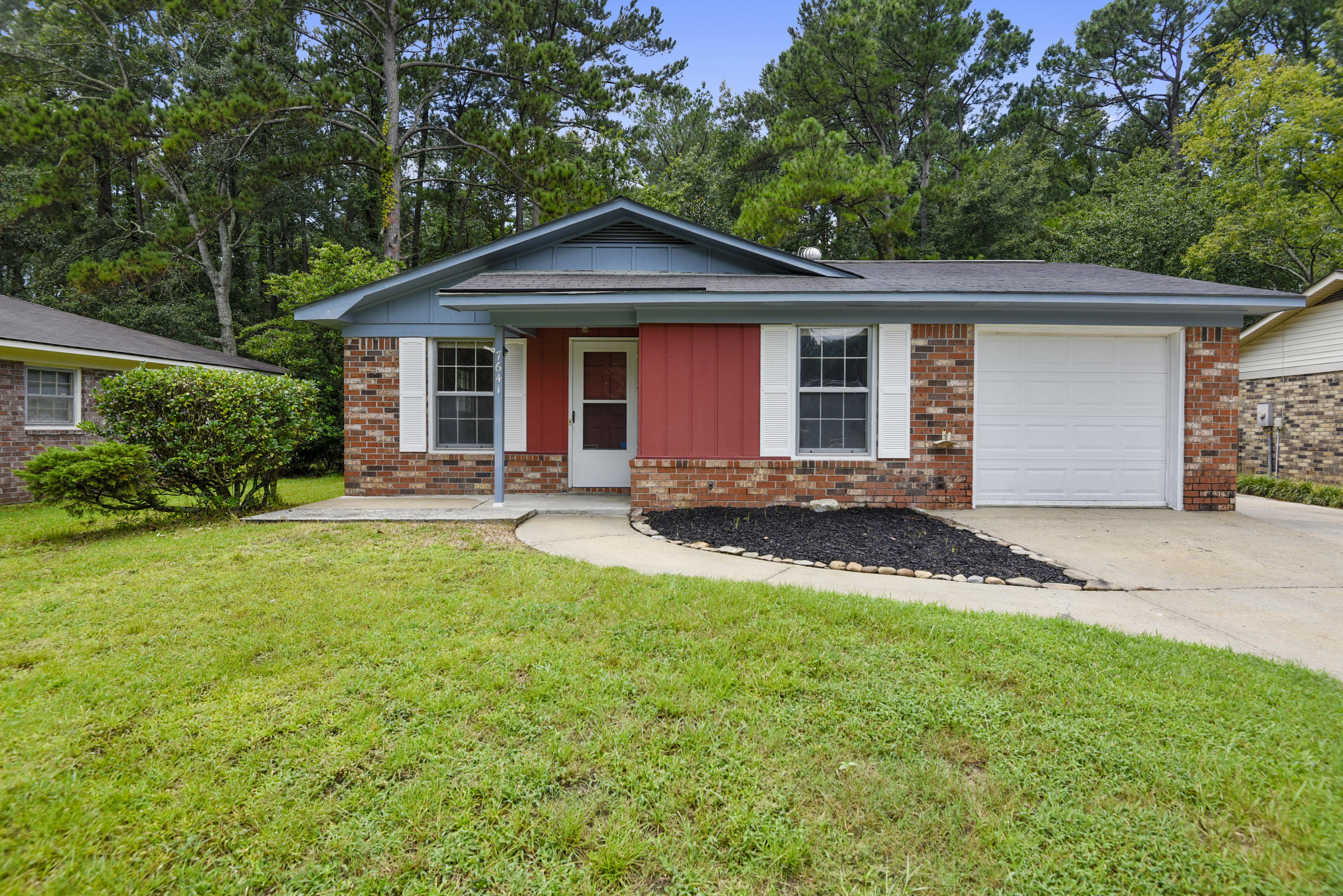 7641 Crossgate Boulevard North Charleston, SC 29420