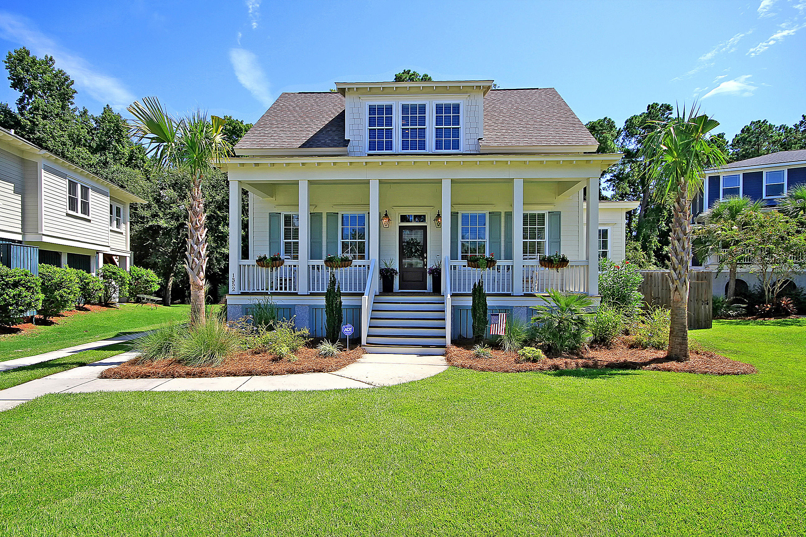 Shell Point Homes For Sale - 1352 Langford, Mount Pleasant, SC - 27