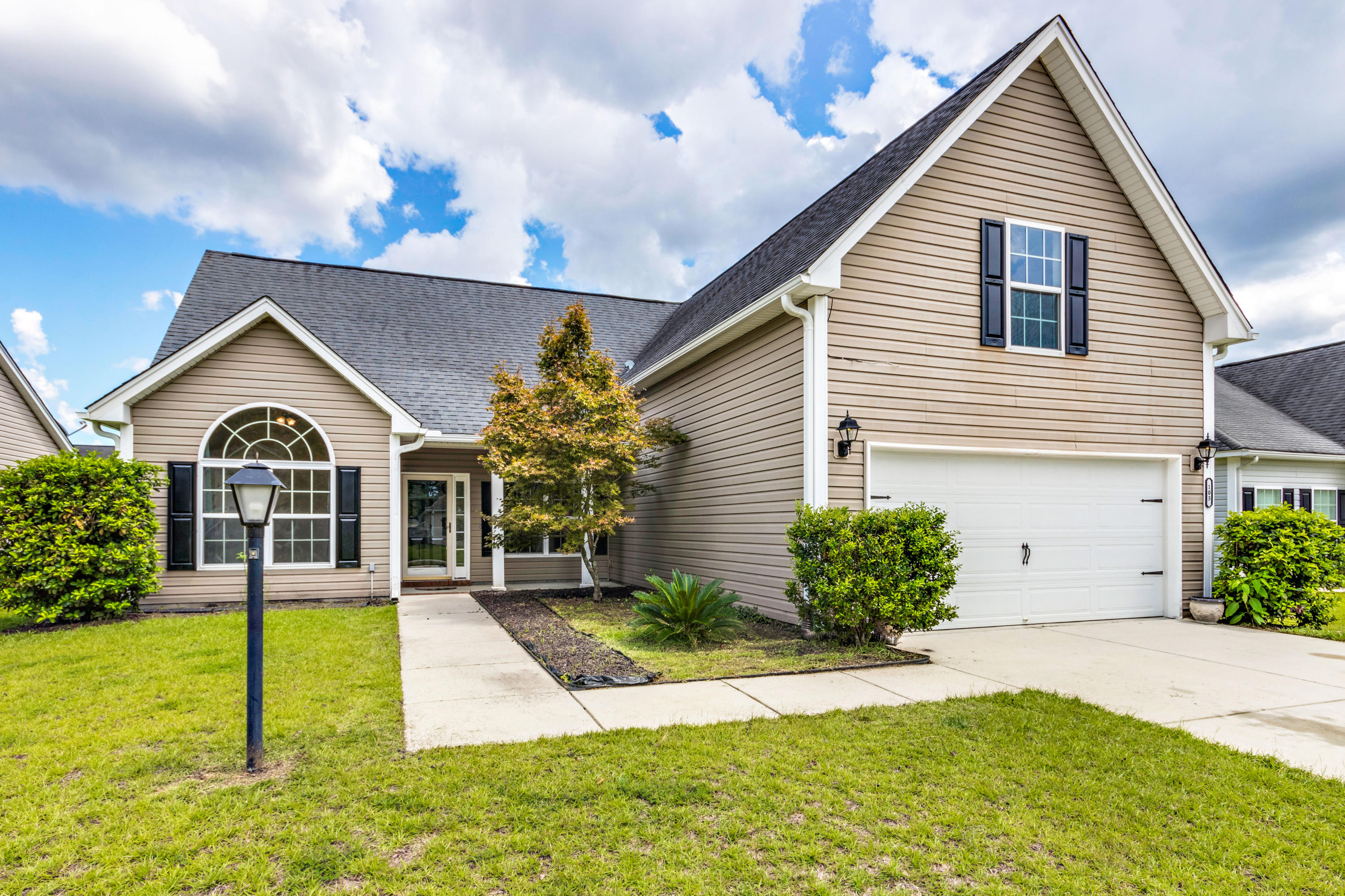 103 Cableswynd Way Summerville, SC 29485