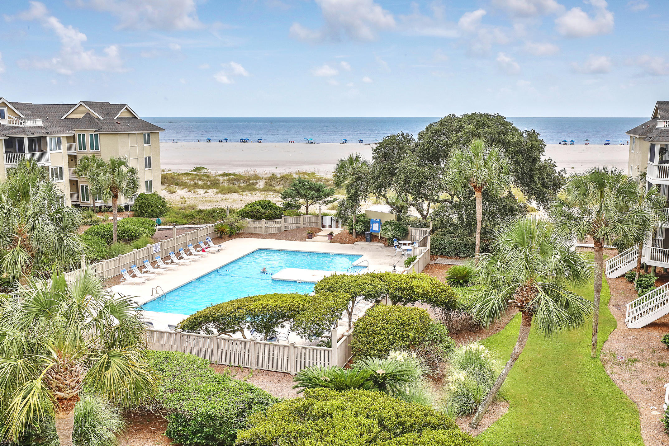 D 301 Port O Call Isle Of Palms, Sc 29451