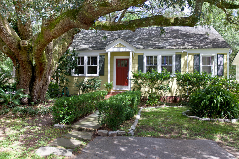 2122 Welch Avenue Charleston, SC 29412