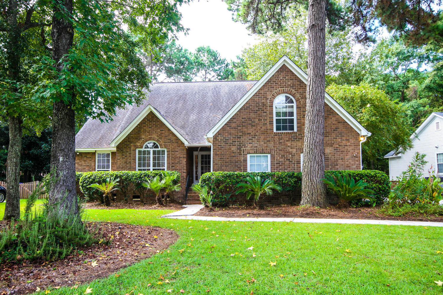 329 Hook Lane Mount Pleasant, SC 29464