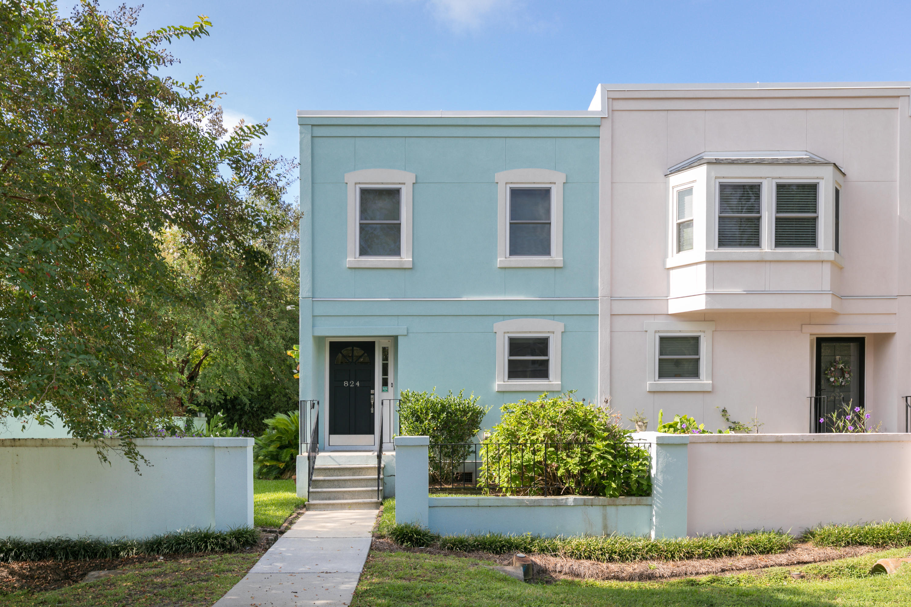 824 Colony Drive Charleston, SC 29407