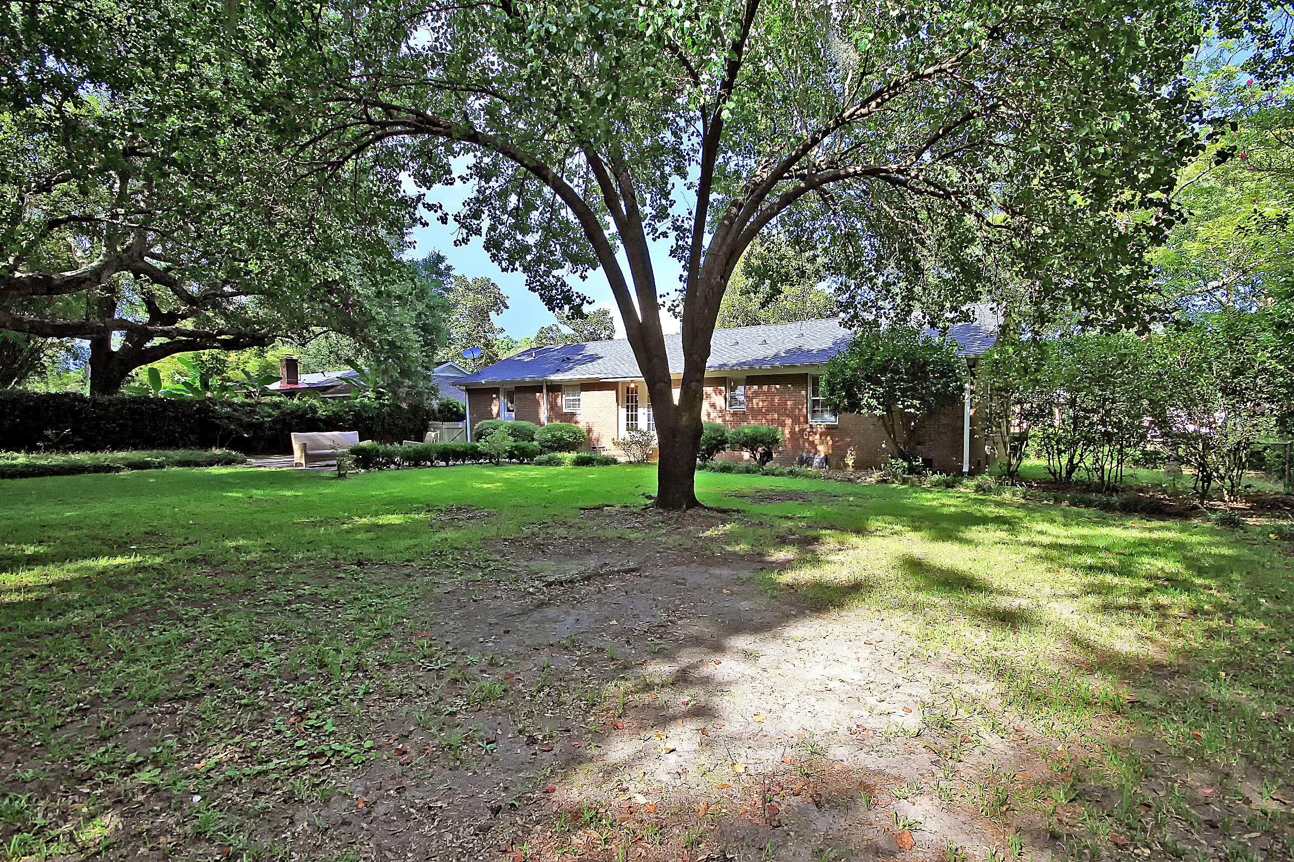 1057 Cottingham Drive Mount Pleasant, SC 29464