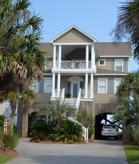 1633 E Ashley Avenue Folly Beach, SC 29439