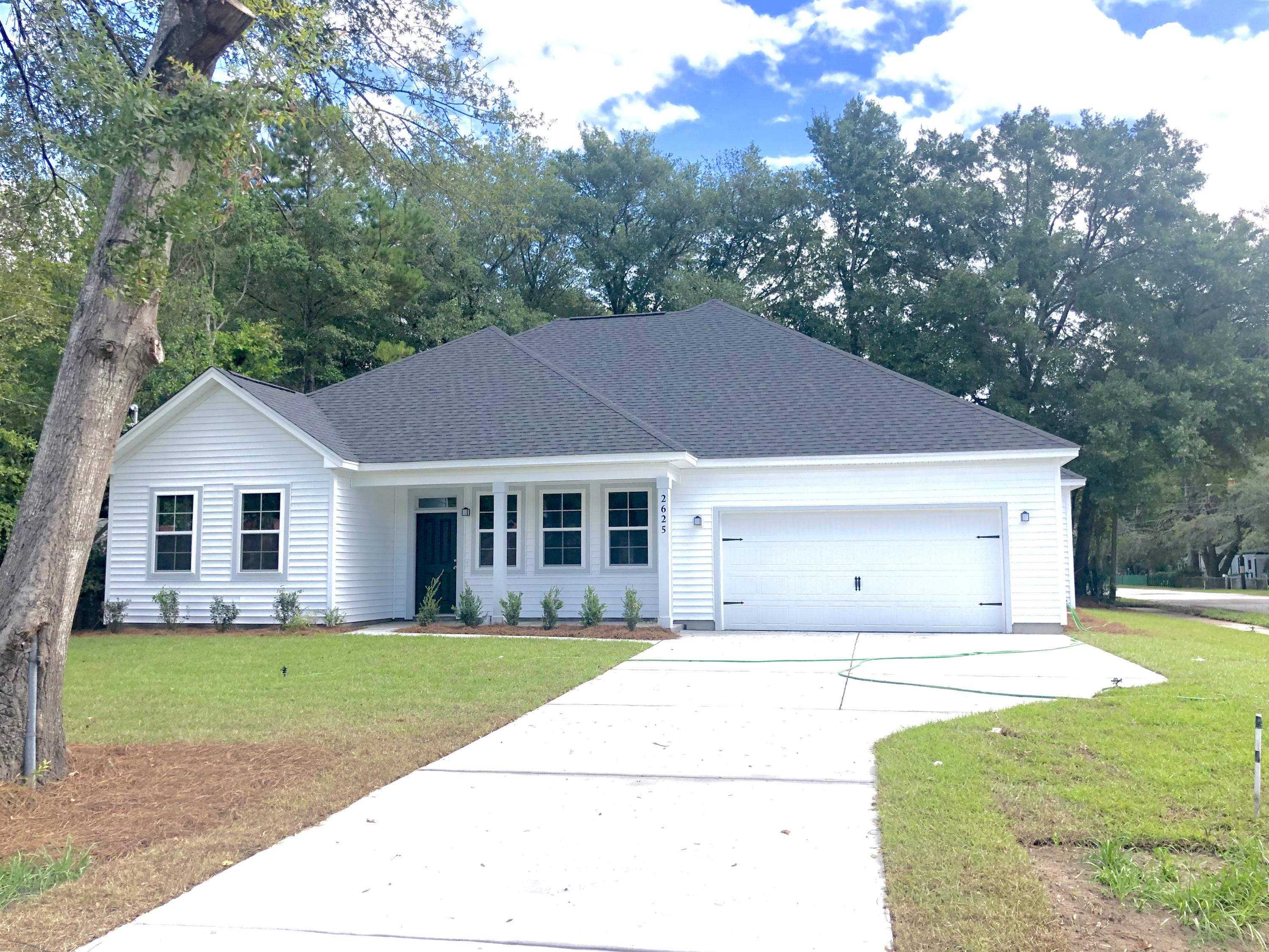 2625 Wye Lane North Charleston, SC 29405