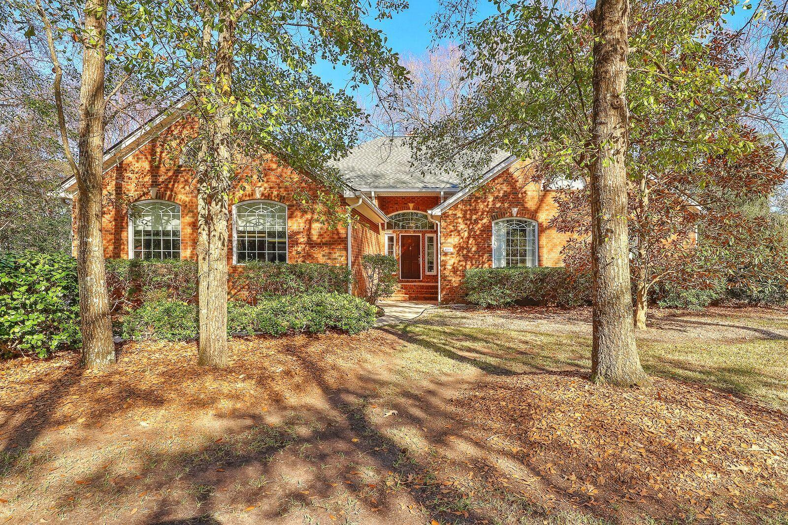 4200 Persimmon Woods Drive Charleston, SC 29420