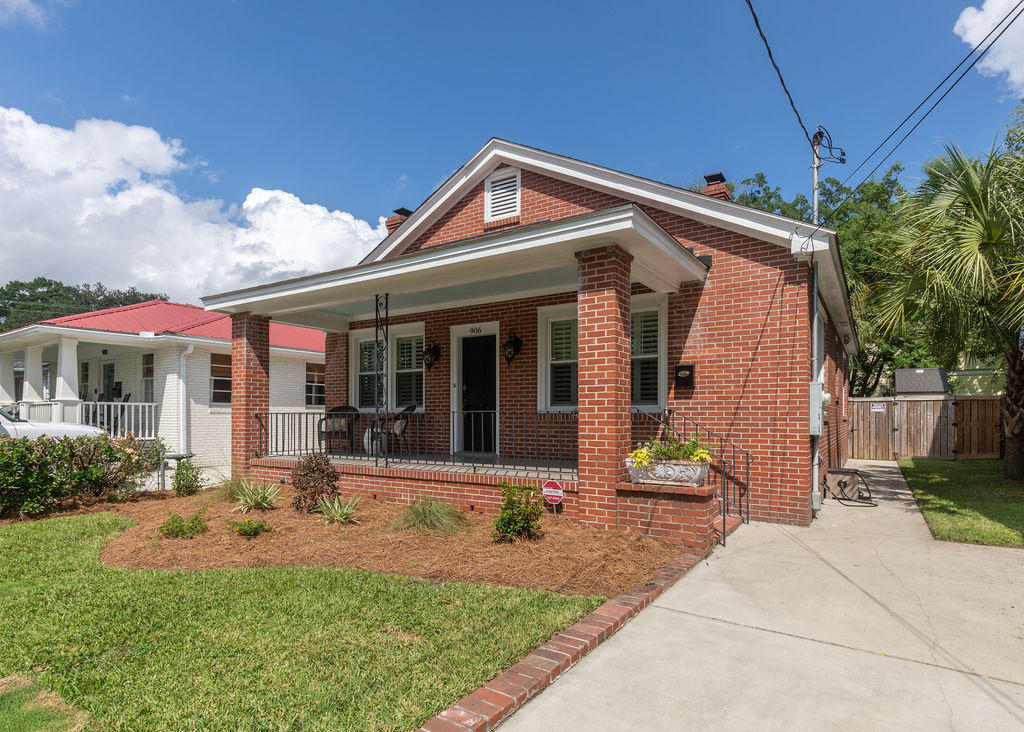 906 Ashley Avenue Charleston, SC 29403