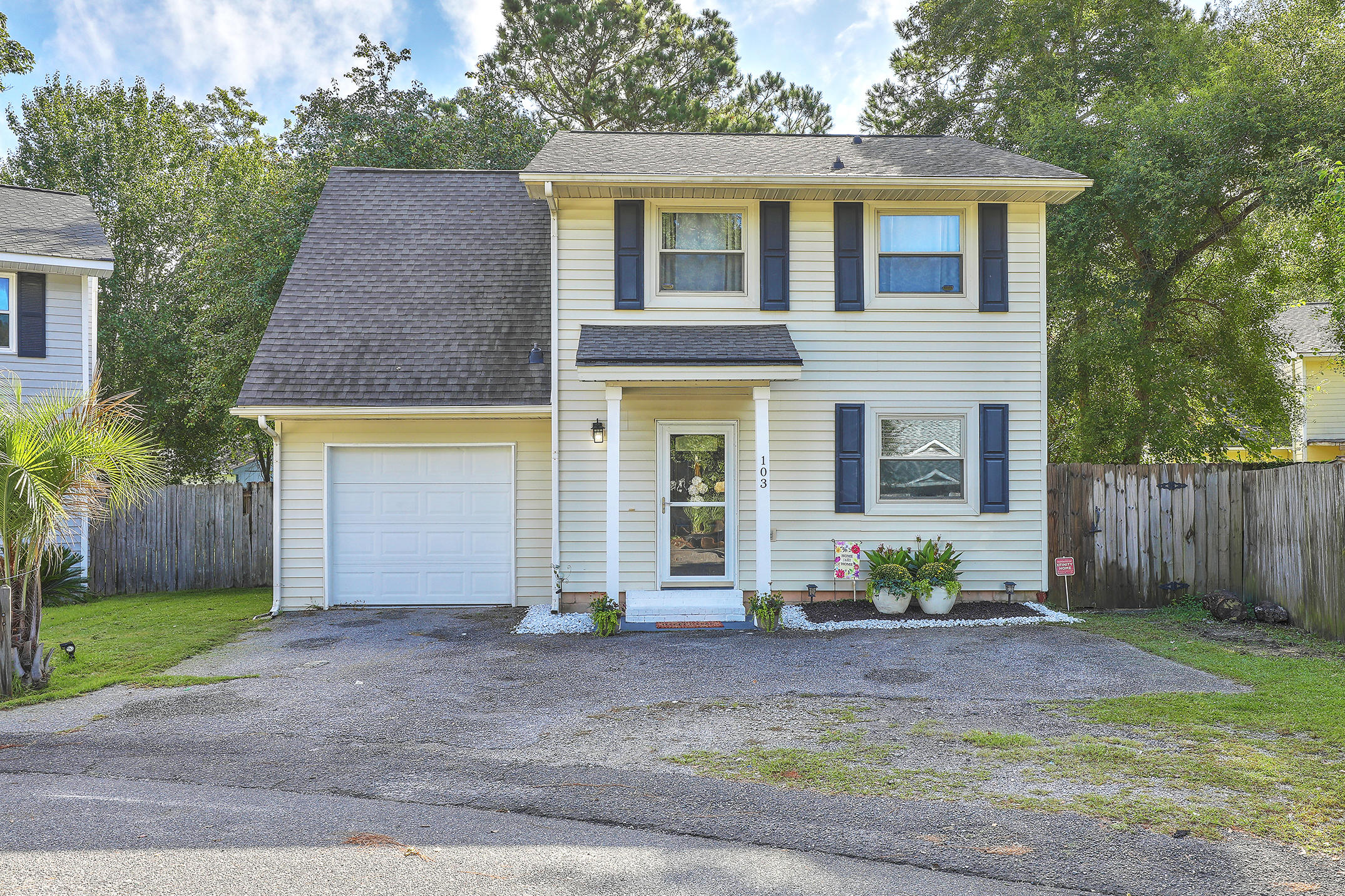 103 Willow Court Summerville, Sc 29483