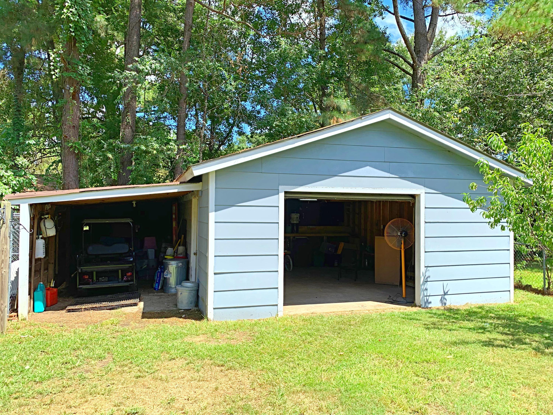 213 Farmhill Drive Summerville, SC 29483
