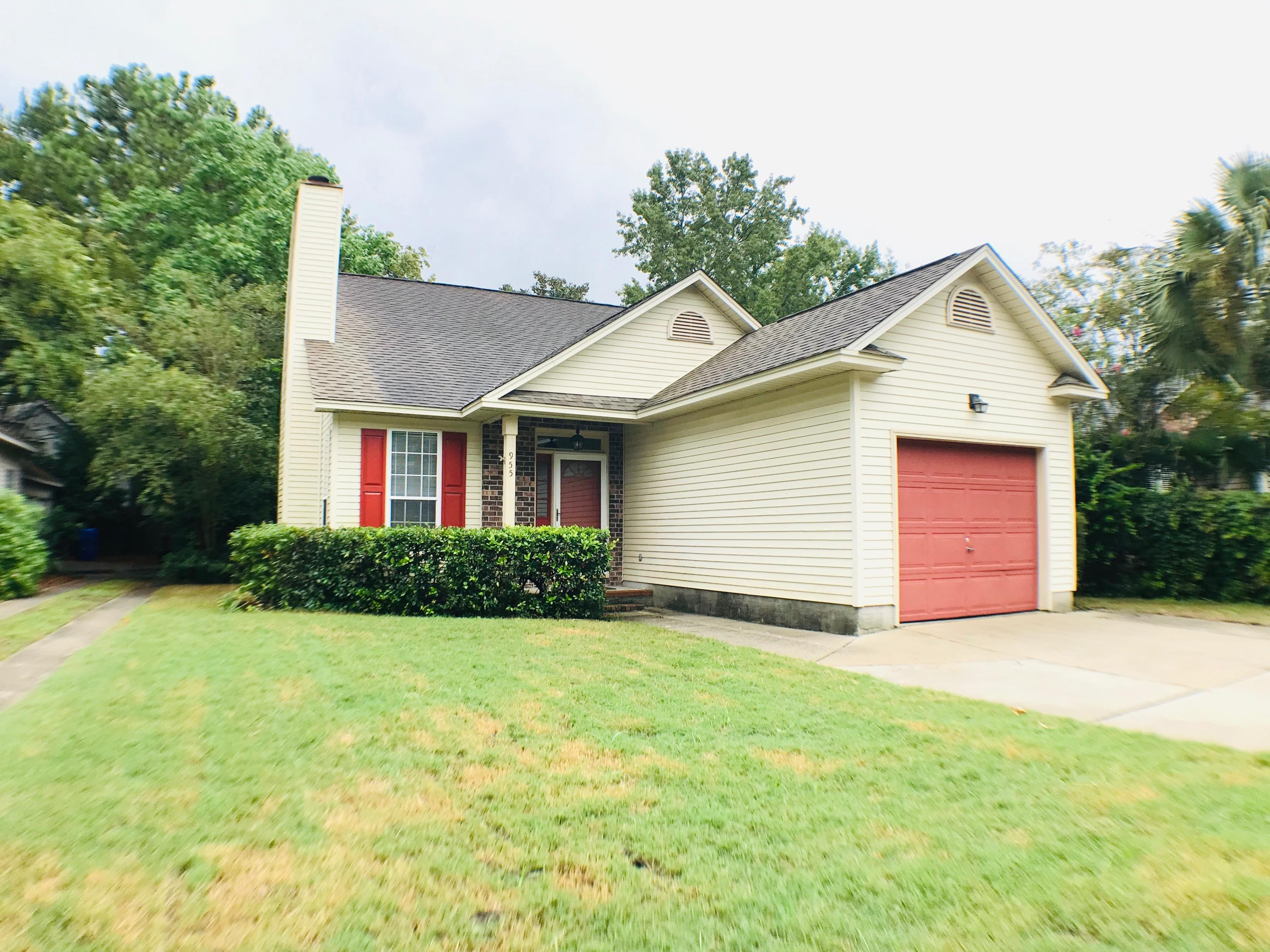 955 Provincial Circle Mount Pleasant, SC 29464