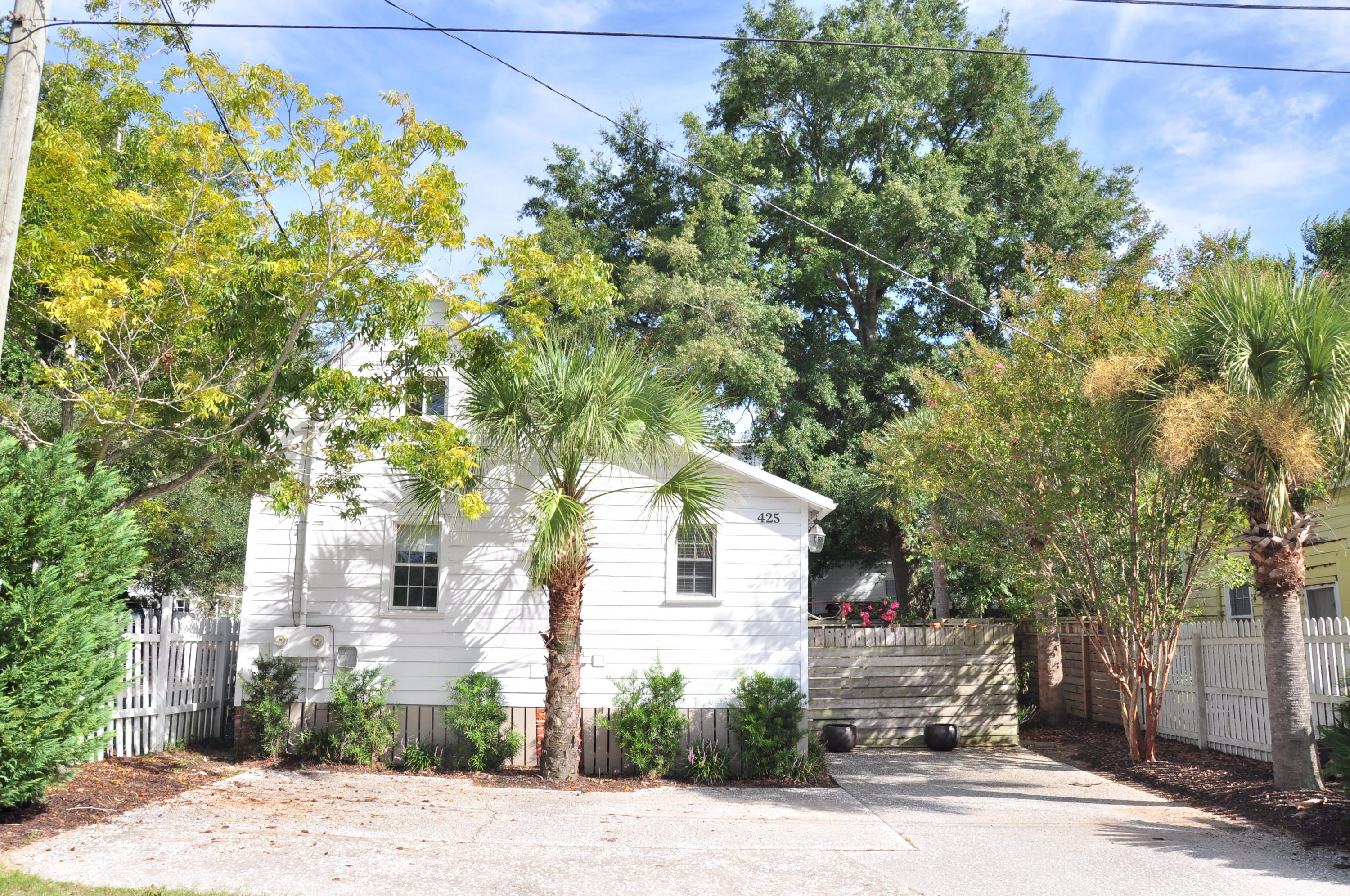 425 King Street Mount Pleasant, SC 29464