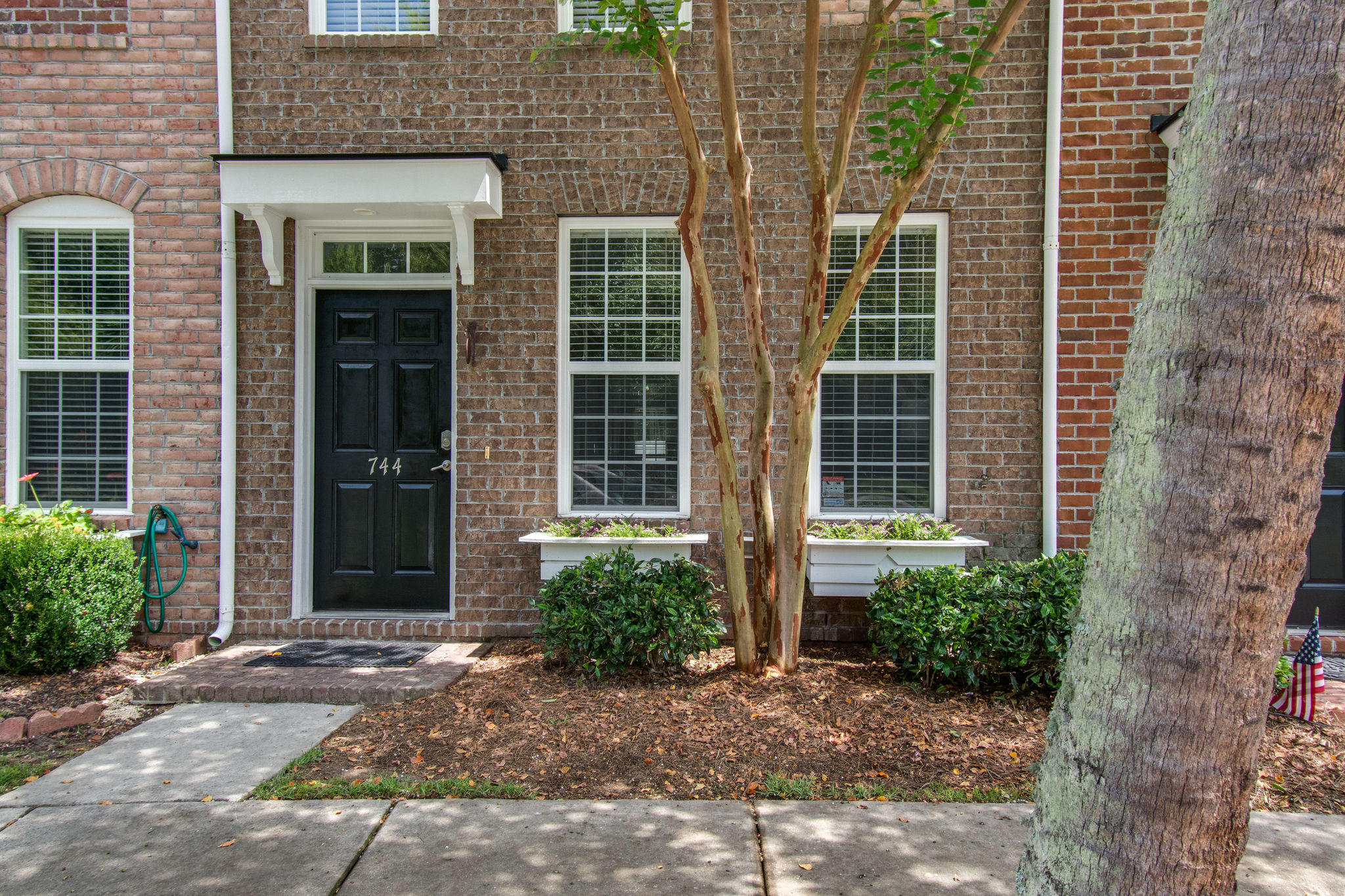 744 Certificate Court Charleston, SC 29414