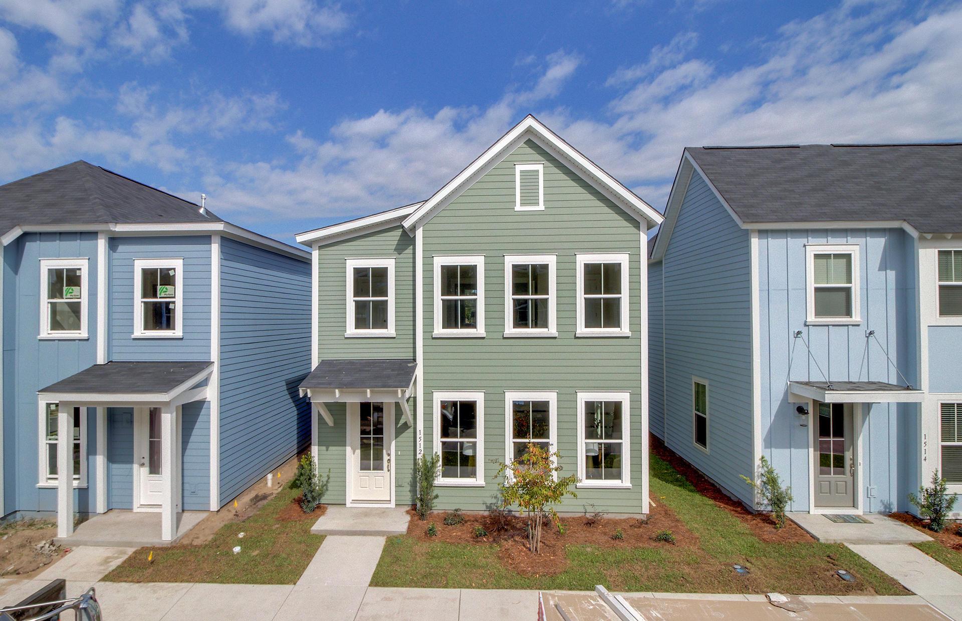 1512 Cuyler Lane North Charleston, SC 29405