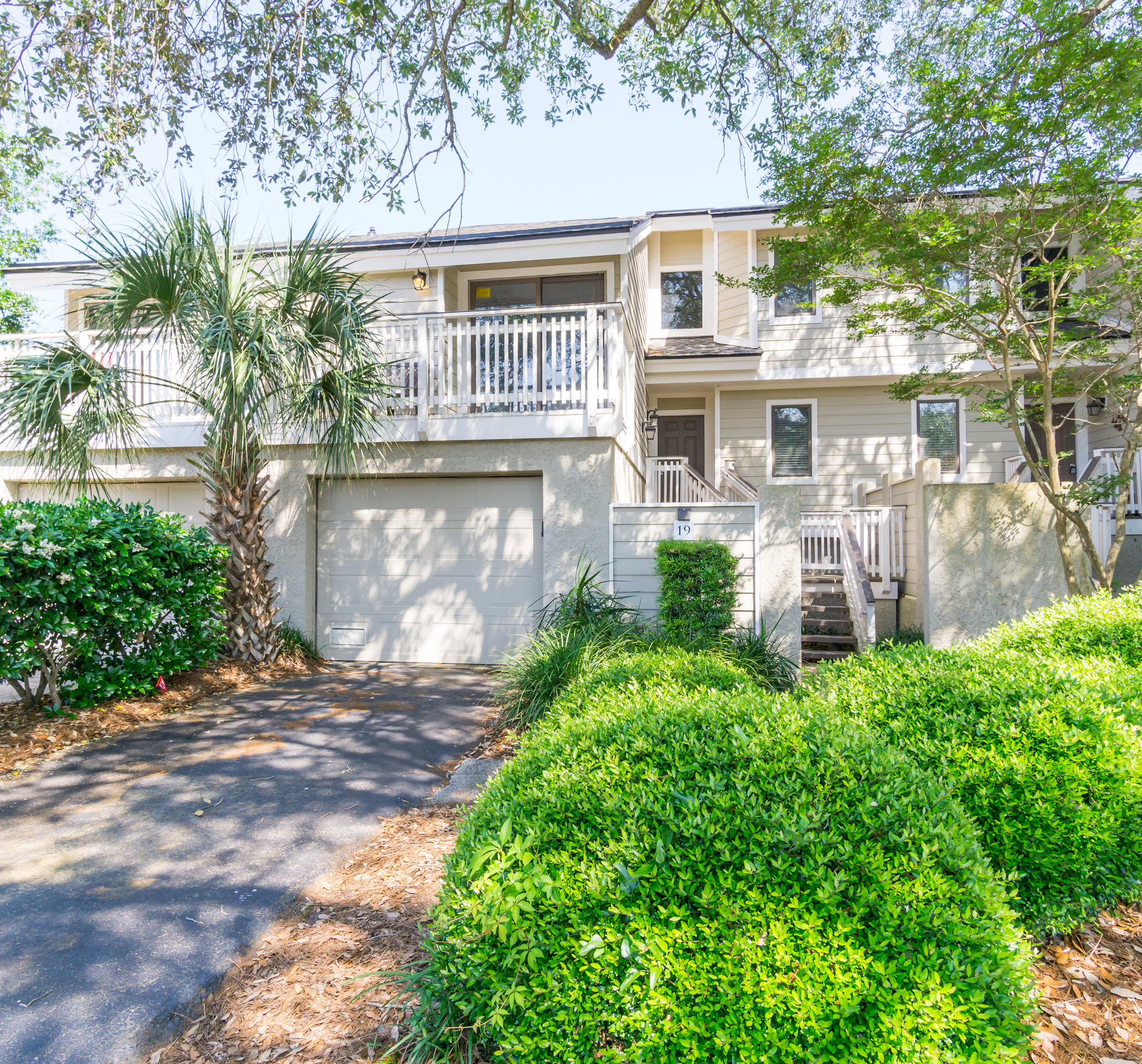 19 Fairway Dunes Isle Of Palms, SC 29451