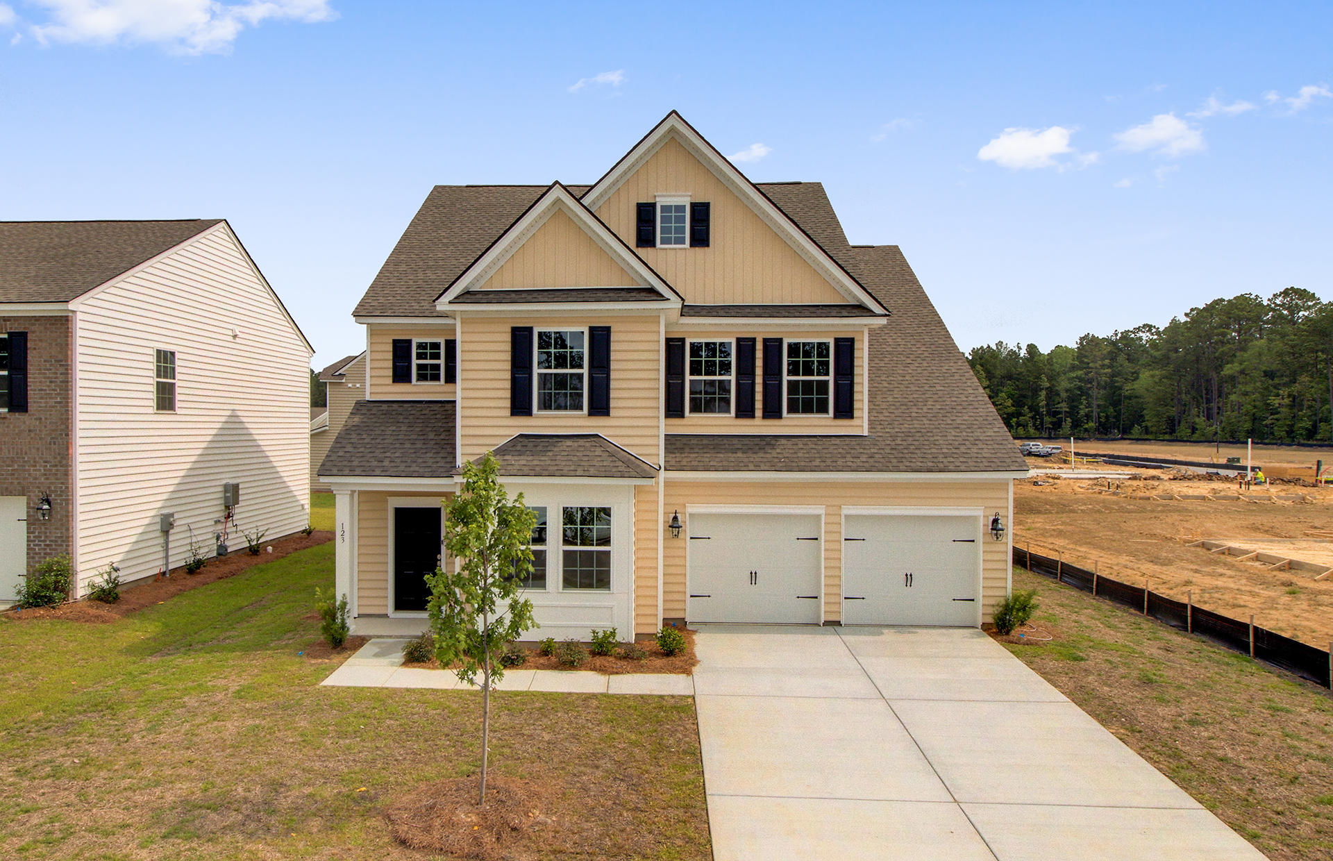 136 Stagecoach Avenue Summerville, Sc 29486