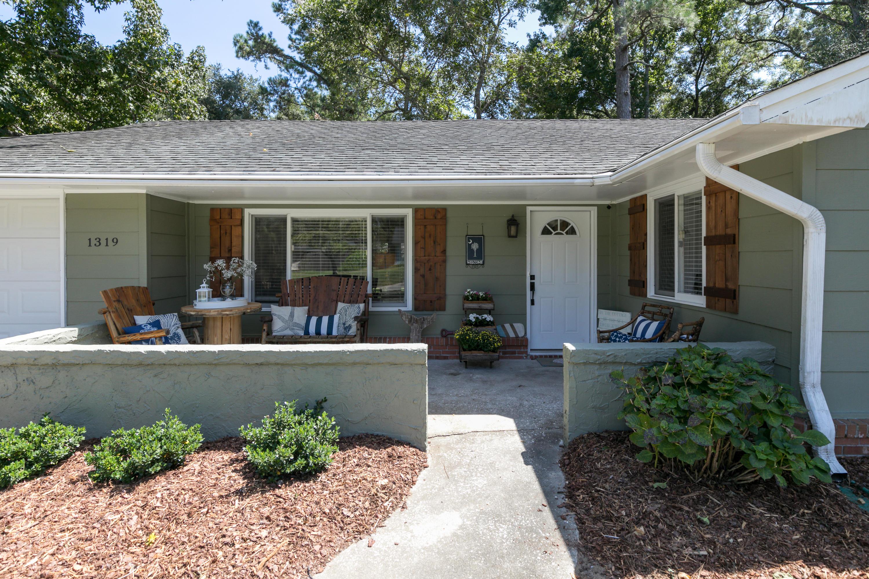 1319 Bob White Drive Charleston, Sc 29412
