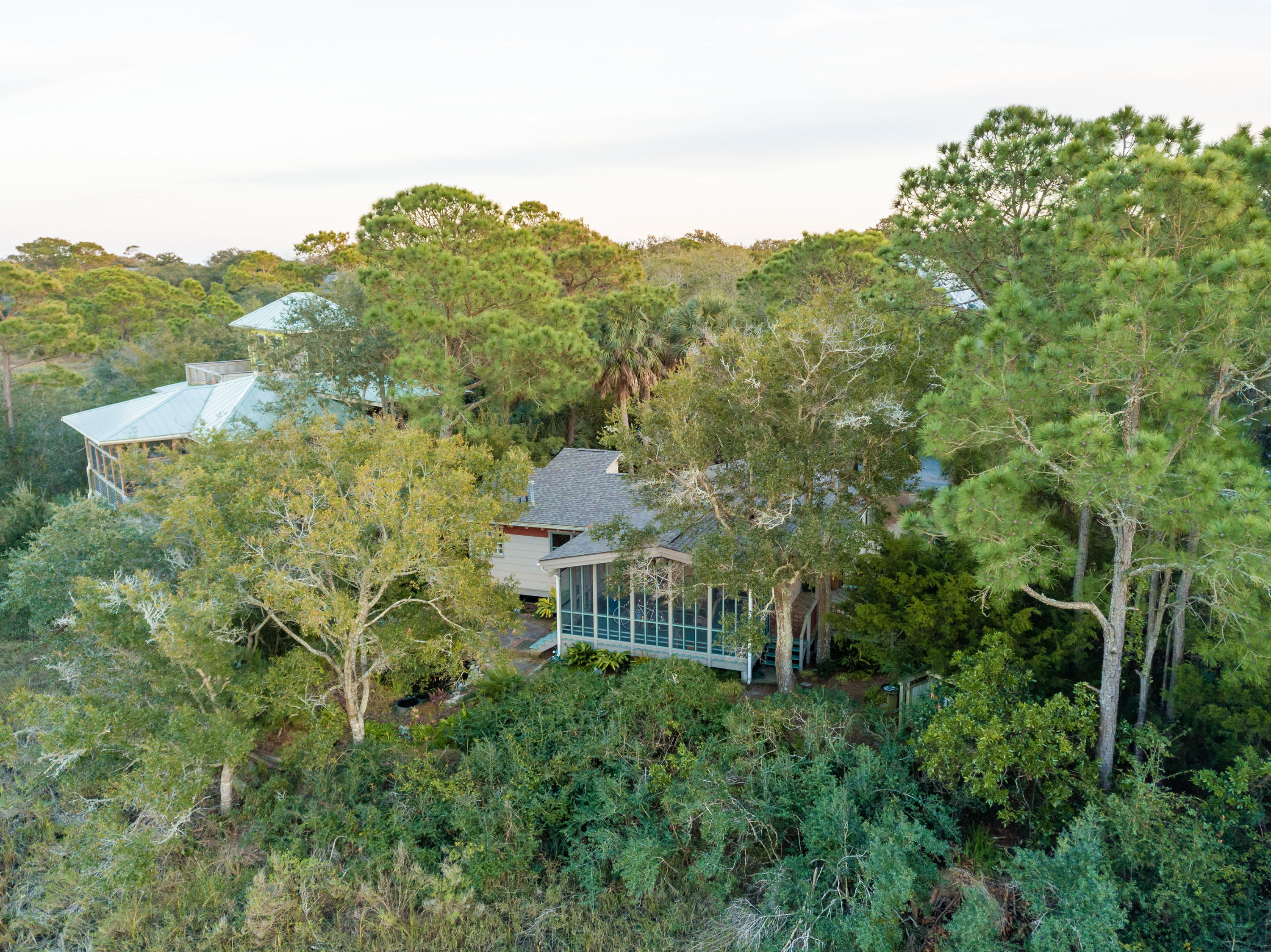 520 E East Huron Avenue Folly Beach, SC 29439