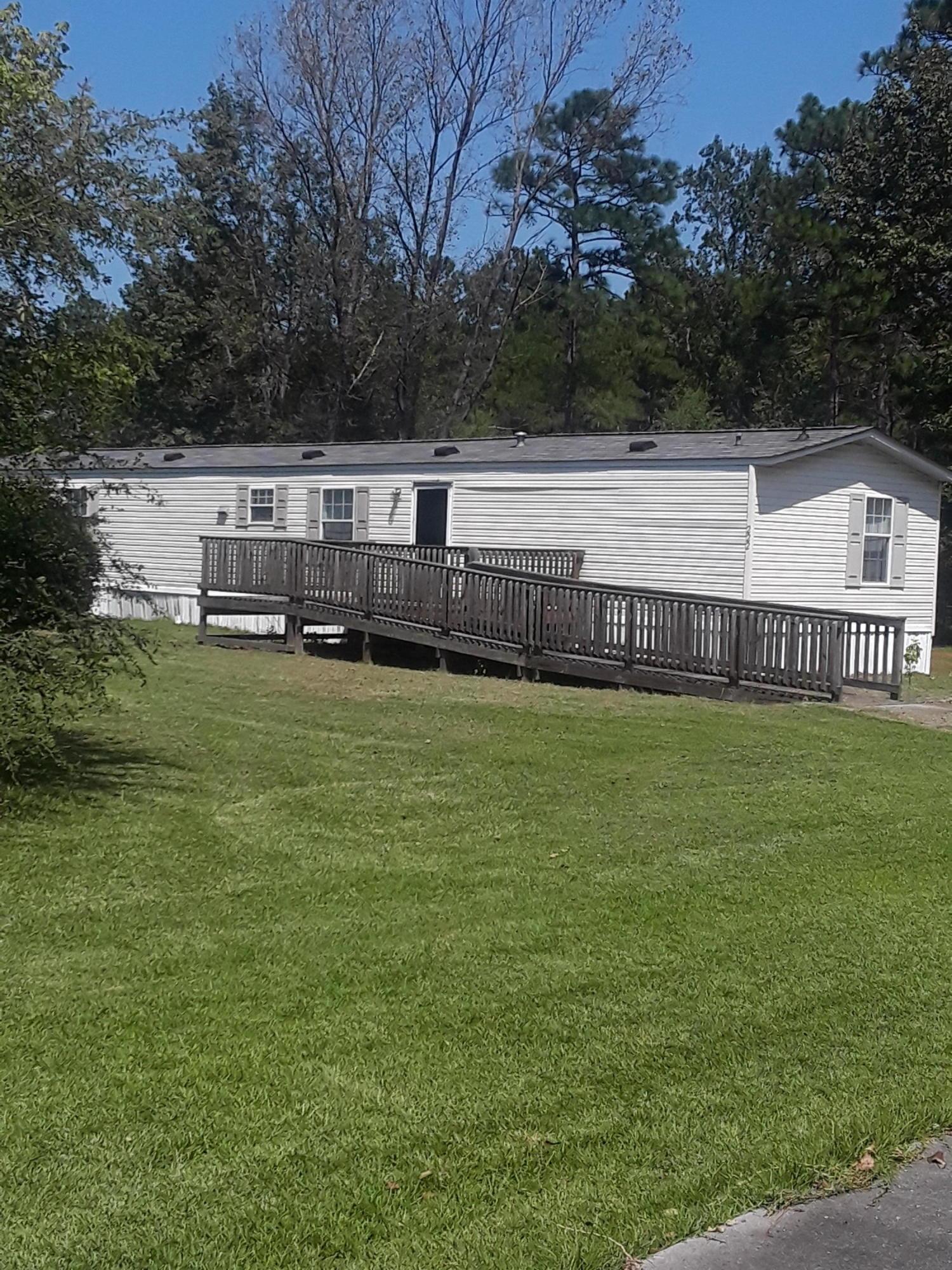 222 Bo Lane Summerville, SC 29486