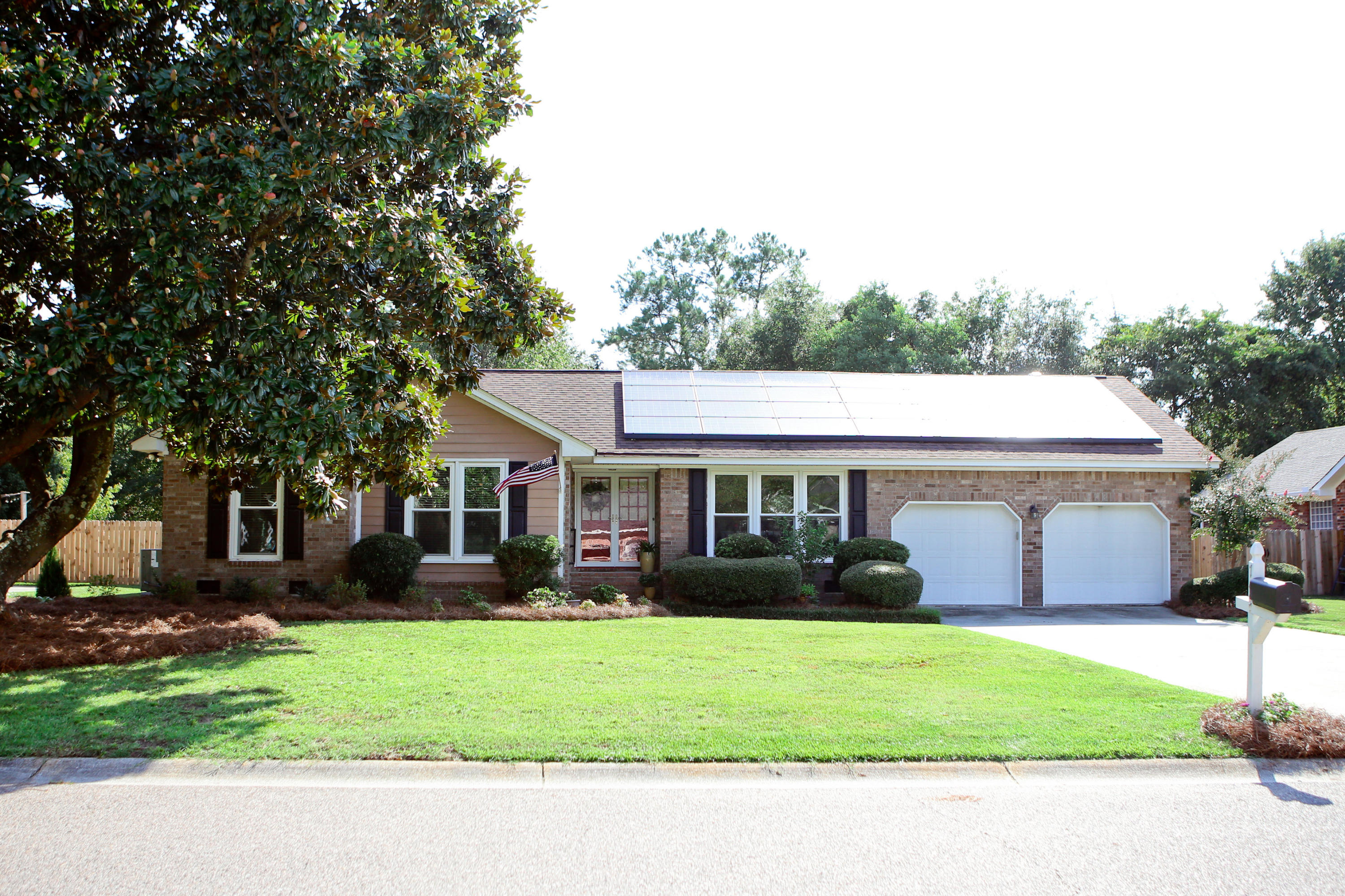 745 Chatter Road Mount Pleasant, SC 29464