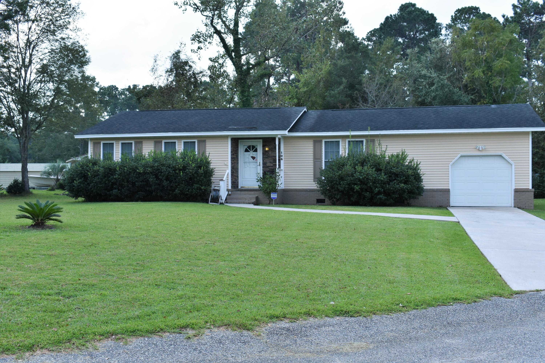 106 Logan Drive Summerville, SC 29483