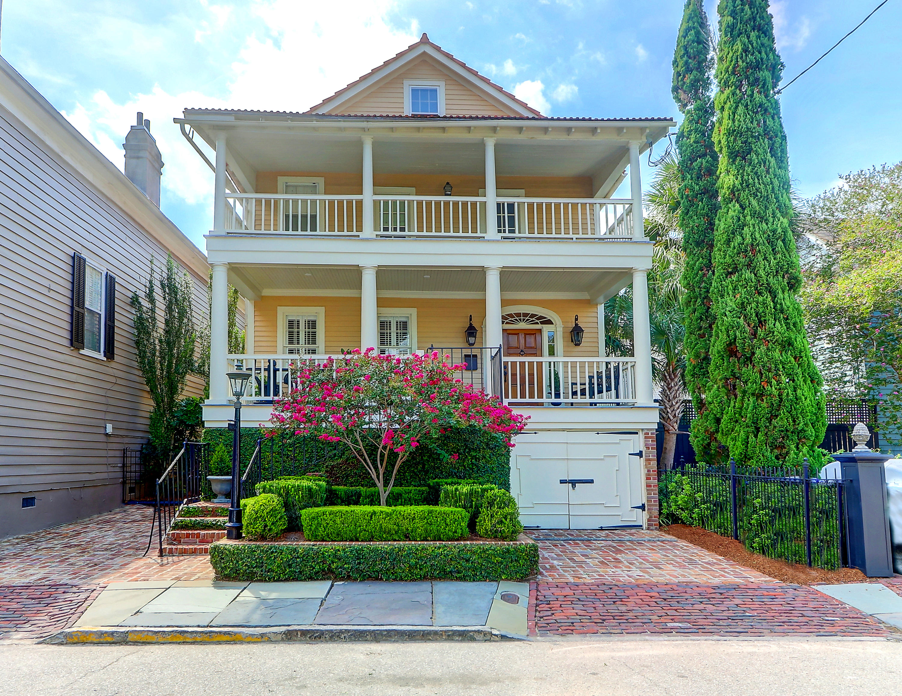 1 Limehouse Street Charleston, SC 29401