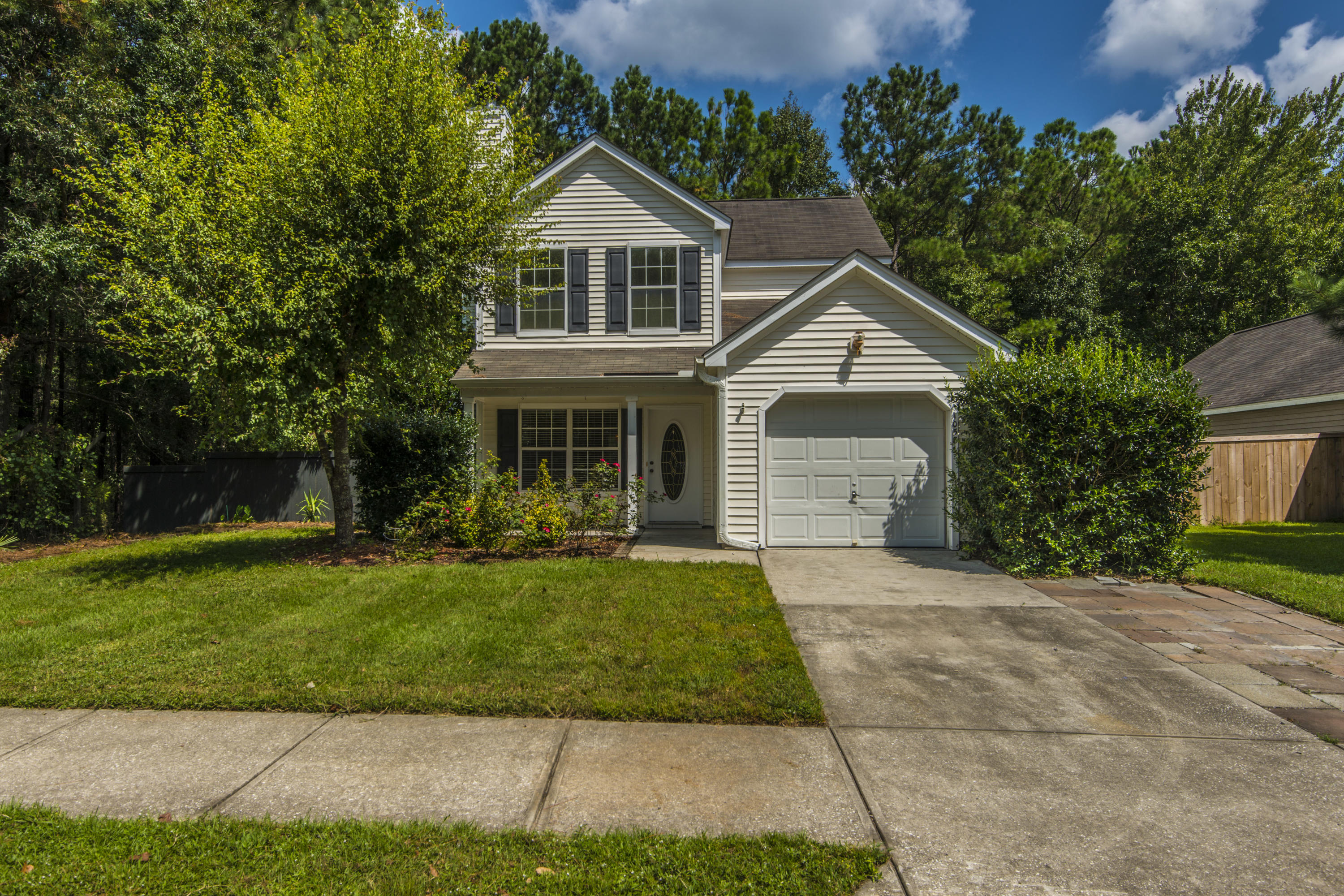 1058 Peninsula Cove Drive Charleston, SC 29492
