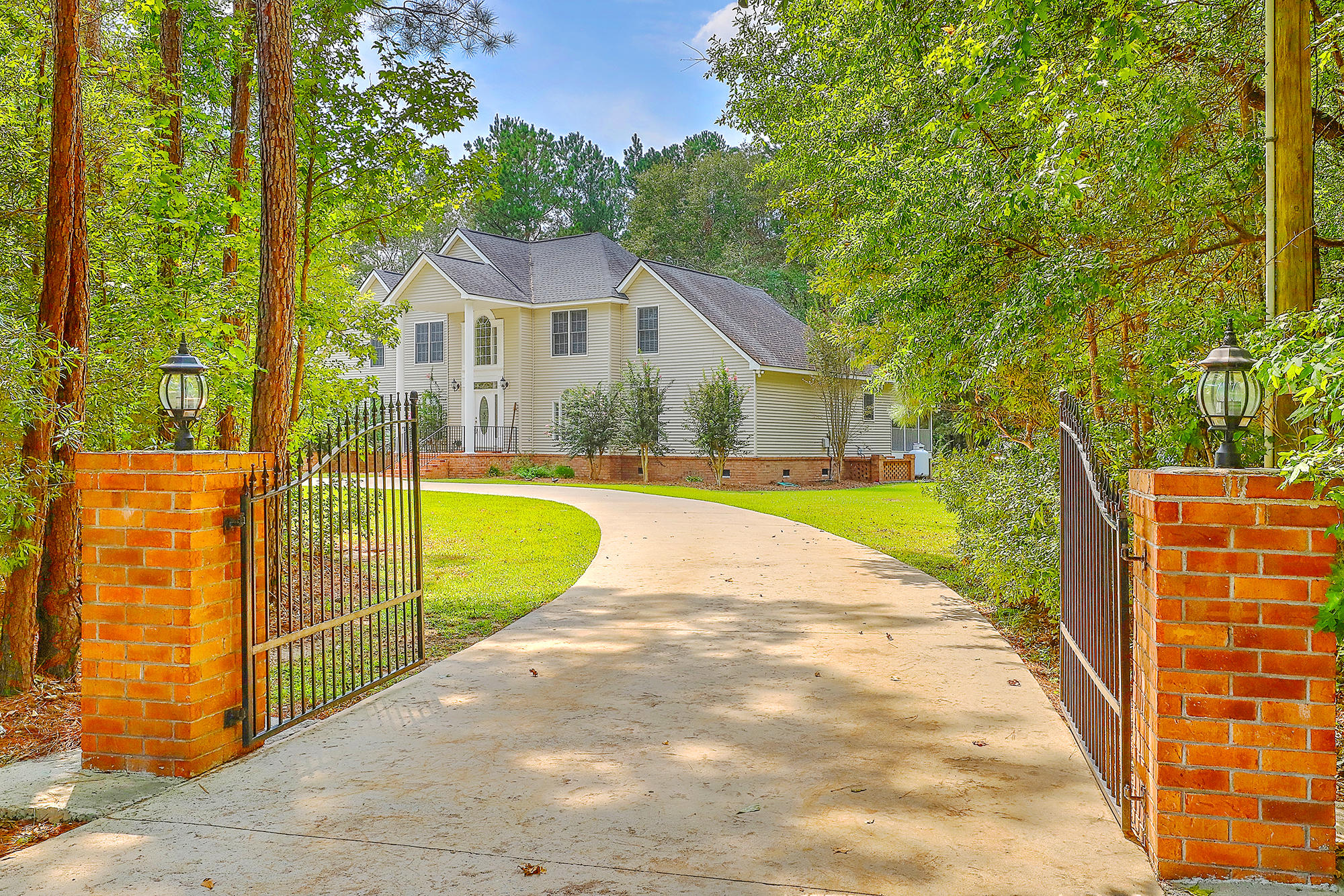 388 Lazy Hill Road Moncks Corner, SC 29461