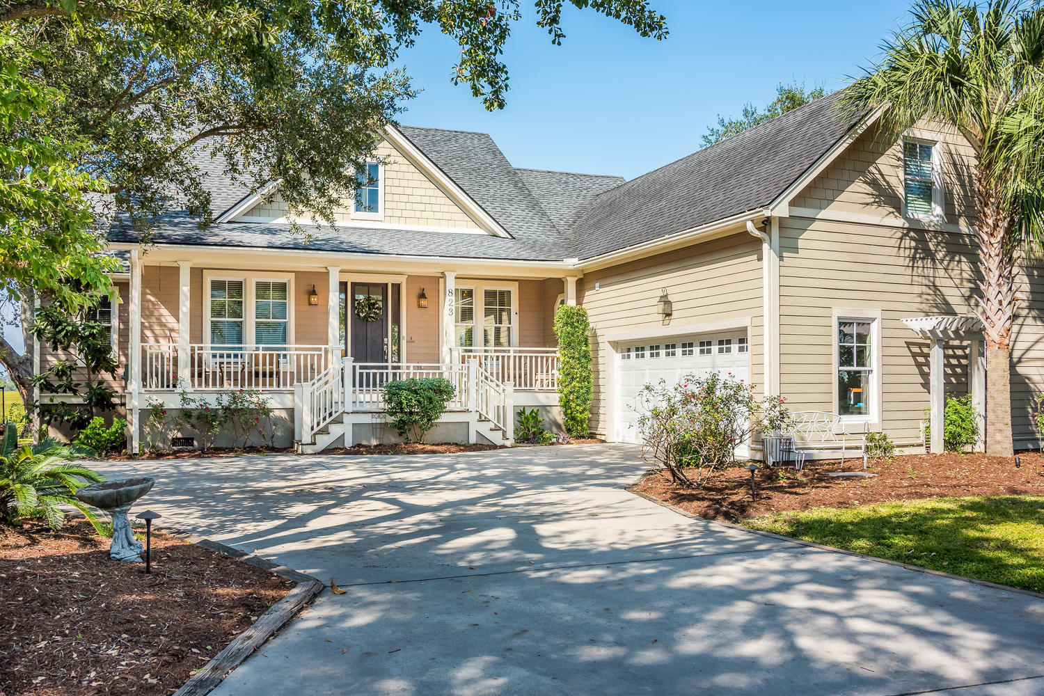 823 Colony Drive Charleston, SC 29407