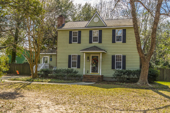 856 Springwood Circle Mount Pleasant, SC 29464