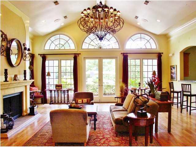 Peninsula Homes For Sale - 700 Daniel Ellis, Charleston, SC - 3