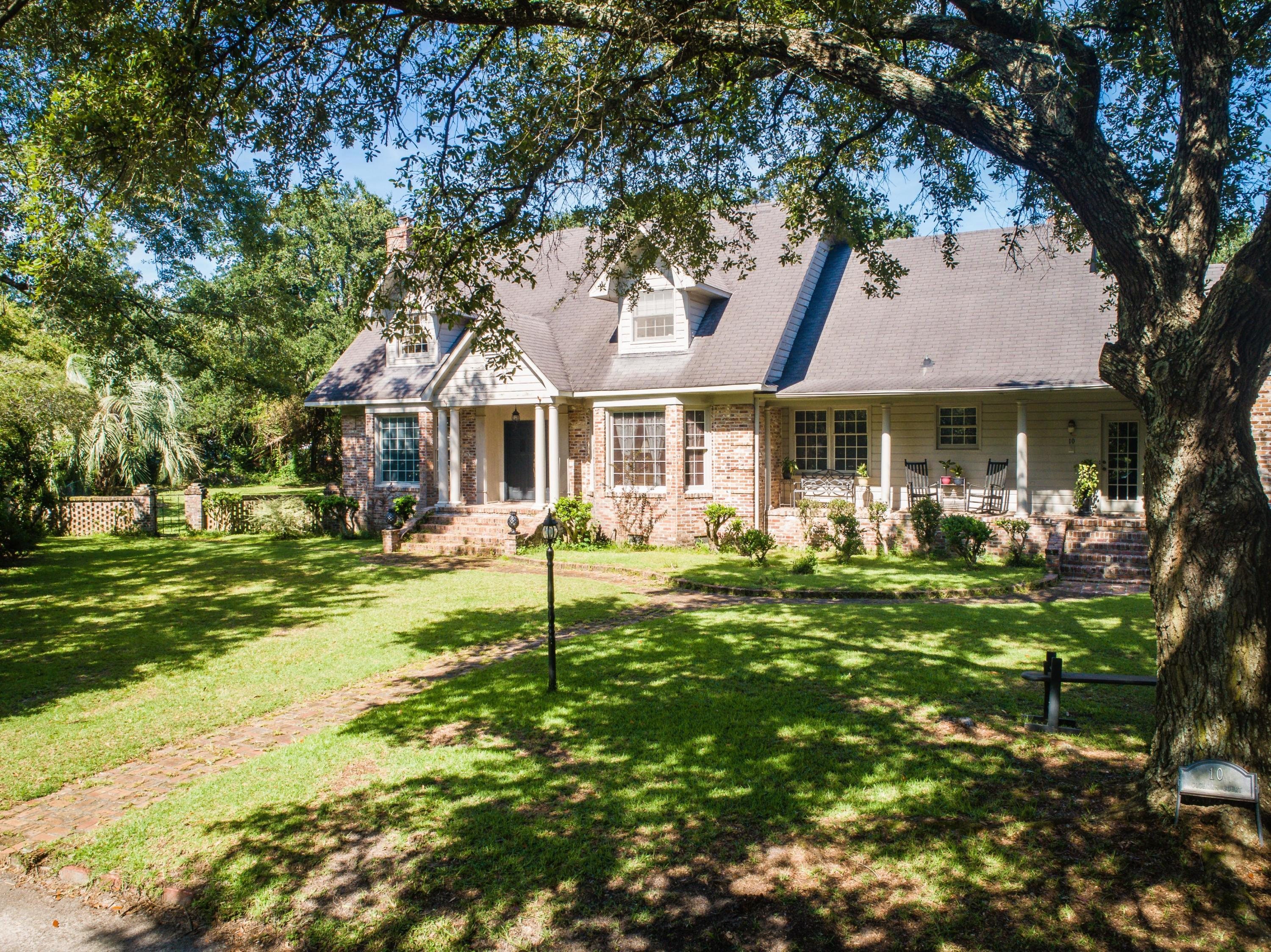 10 Cochran Court Charleston, SC 29407