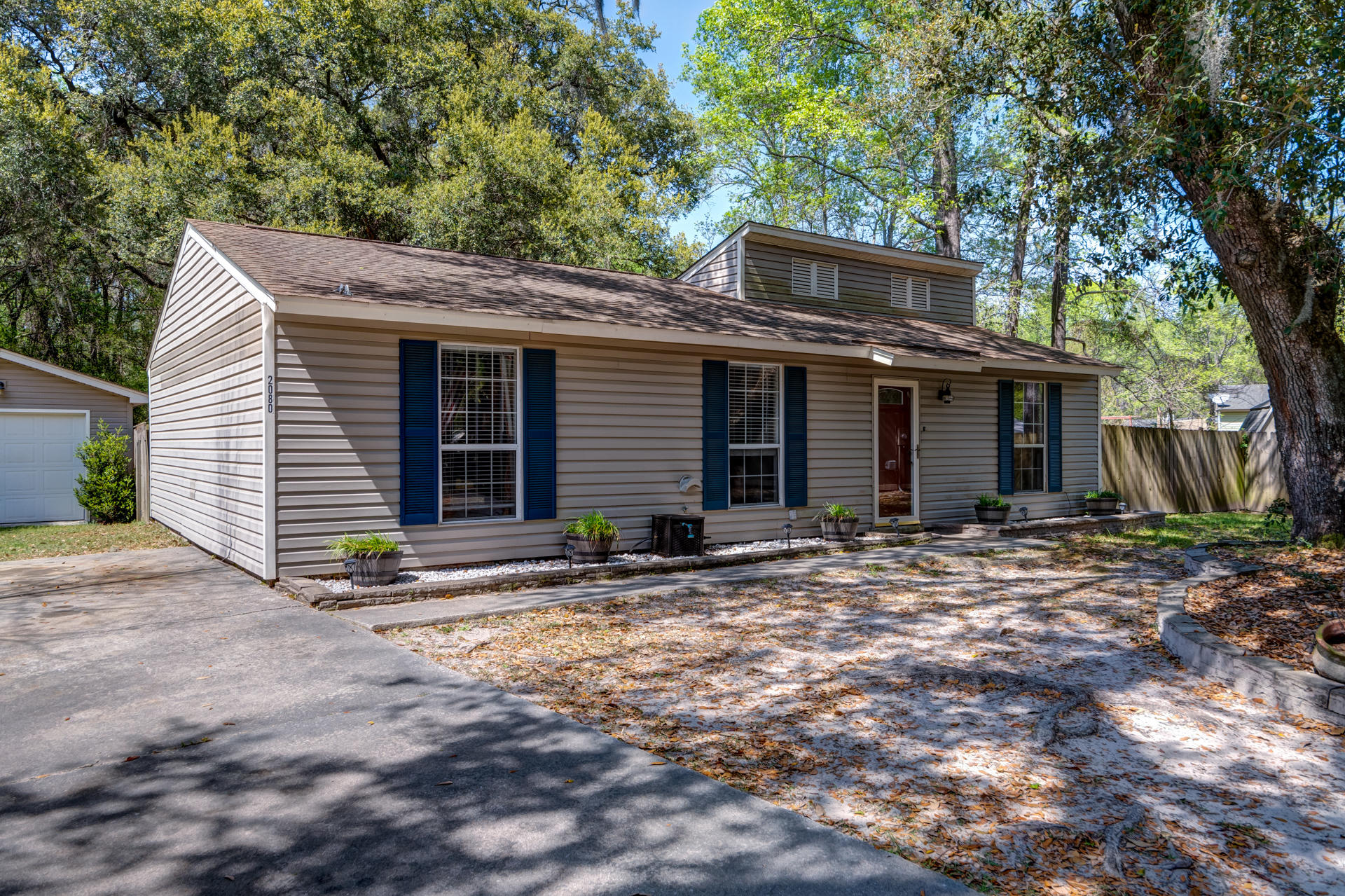 2080 Northside Drive Charleston, SC 29407