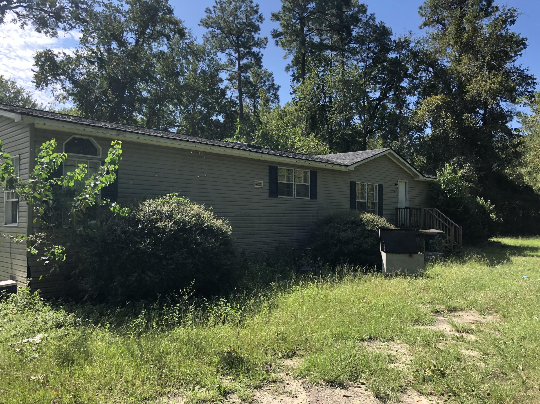 186 W Boundary Street Summerville, SC 29485