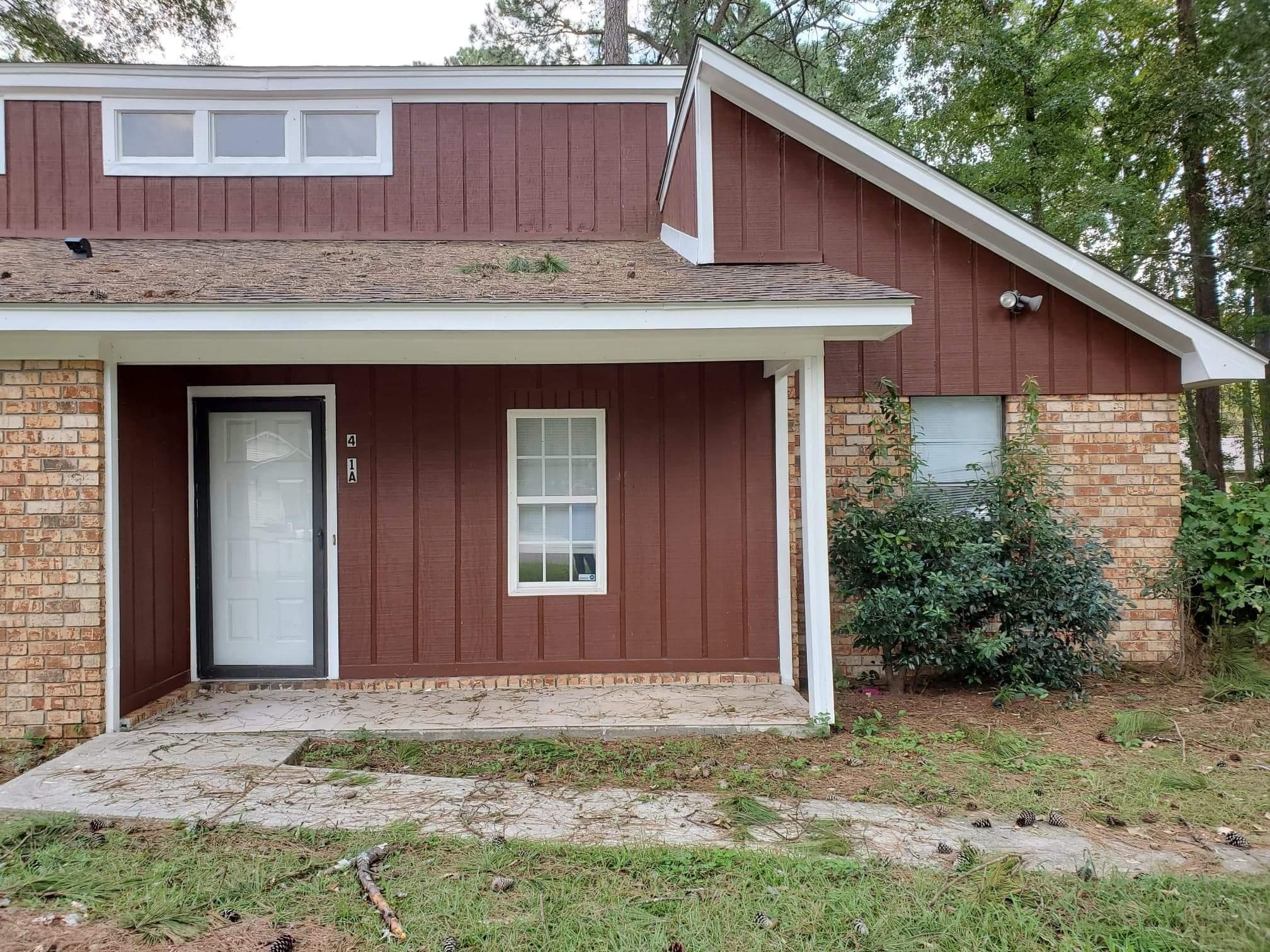 401 Kingbird Road Ladson, SC 29456