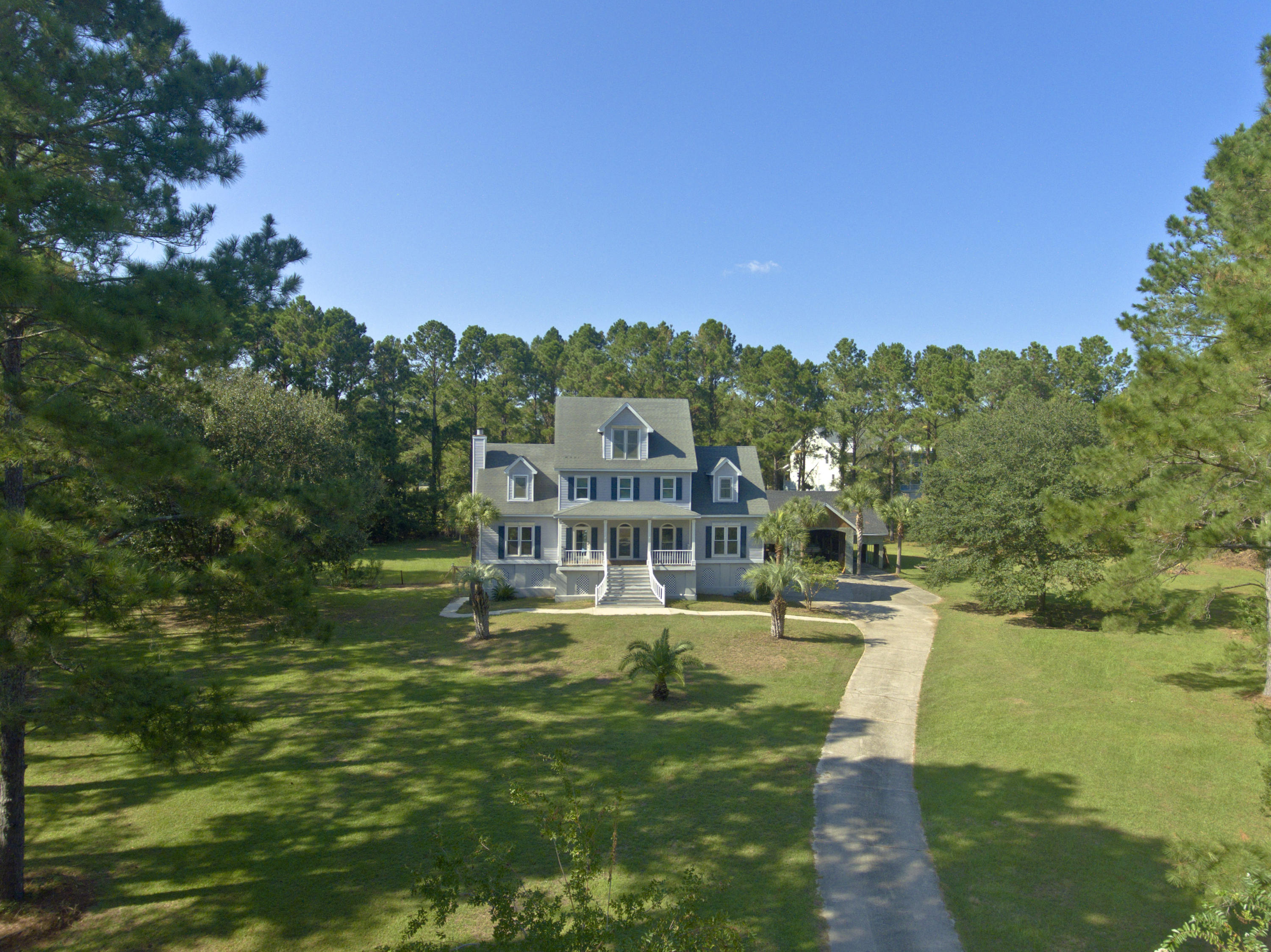 1048 Main Sail Court Awendaw, SC 29429