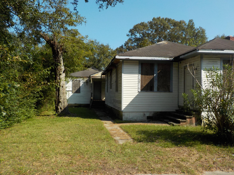 2600 Bennett Yard Road North Charleston, SC 29405