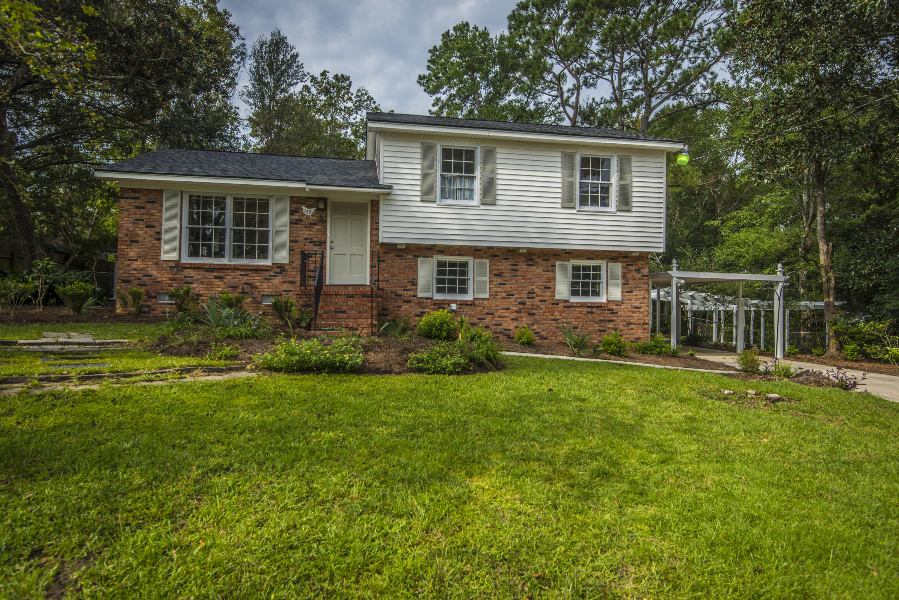 7681 Picardy Place North Charleston, SC 29420