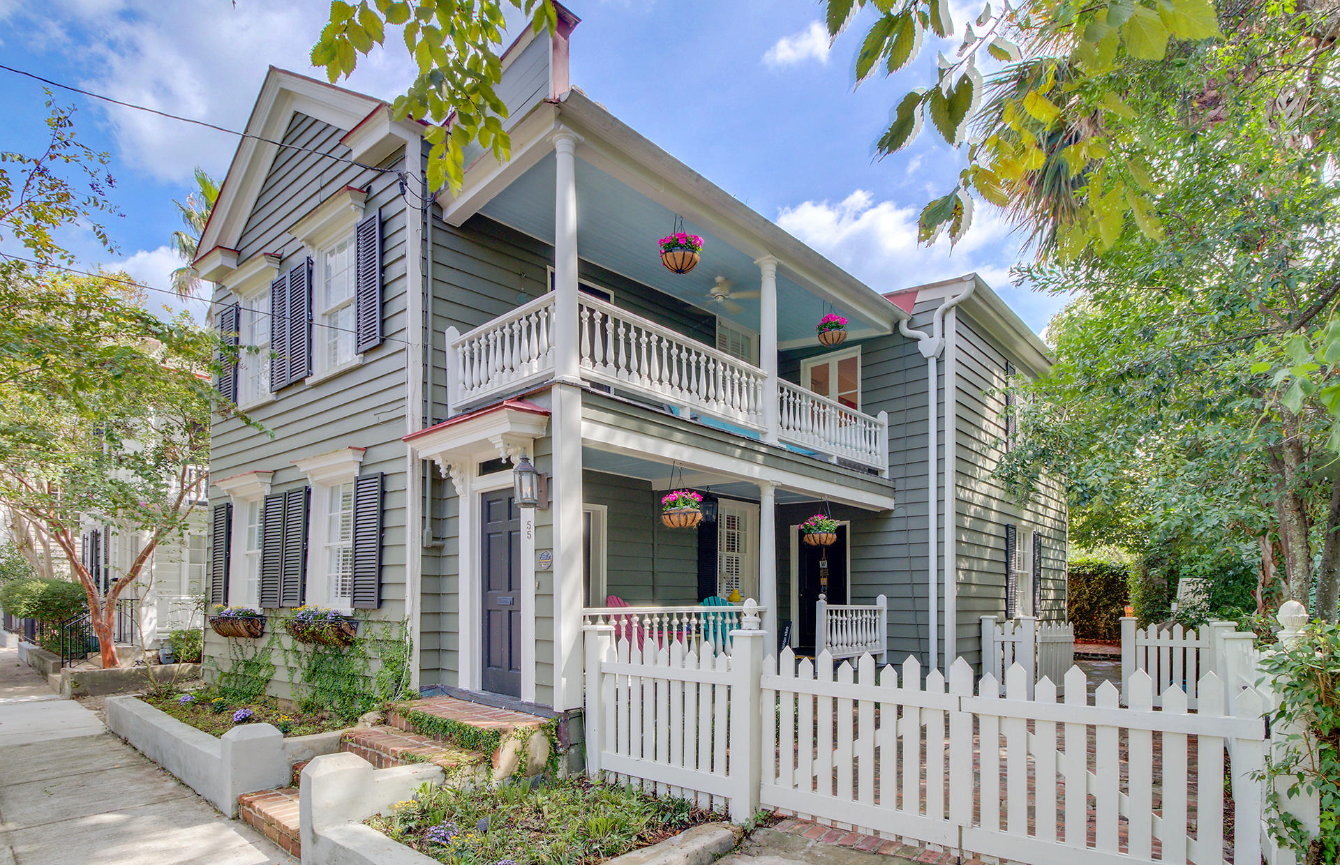 55 Warren Street Charleston, SC 29403