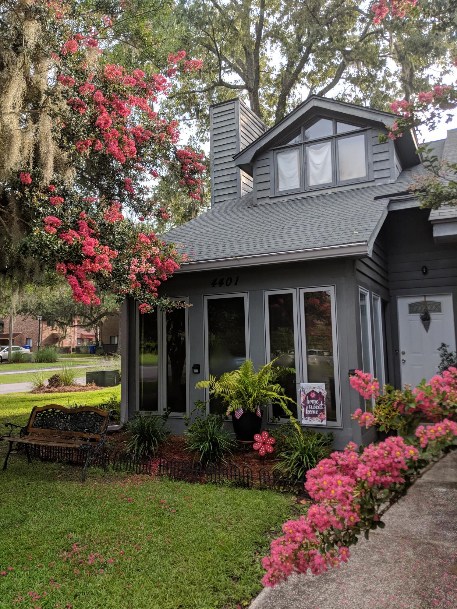 4401 Great Oak Drive North Charleston, SC 29418