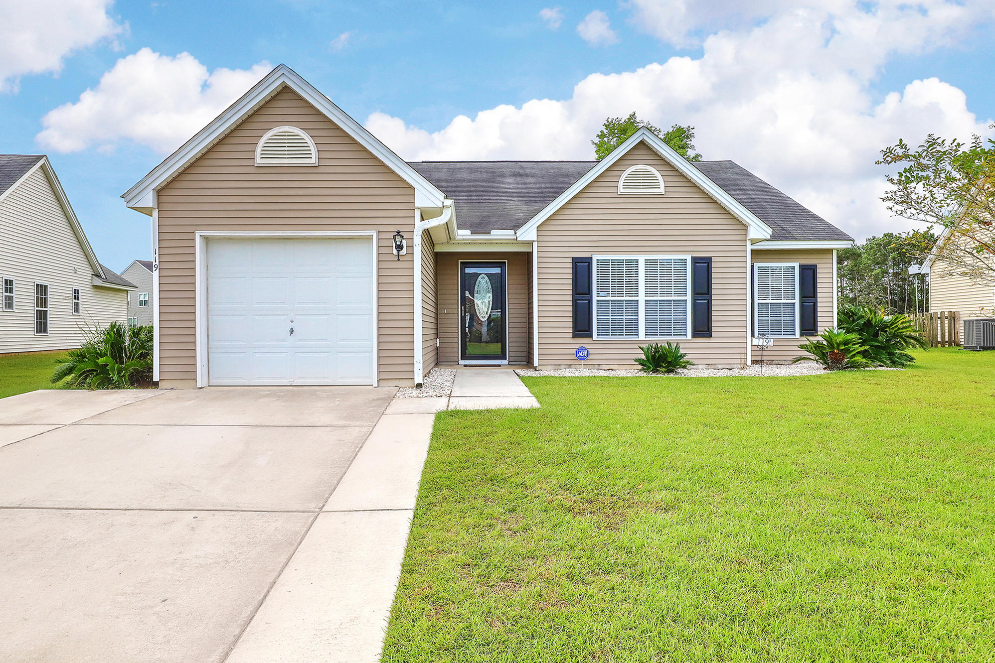 119 Salem Creek Drive Goose Creek, SC 29445