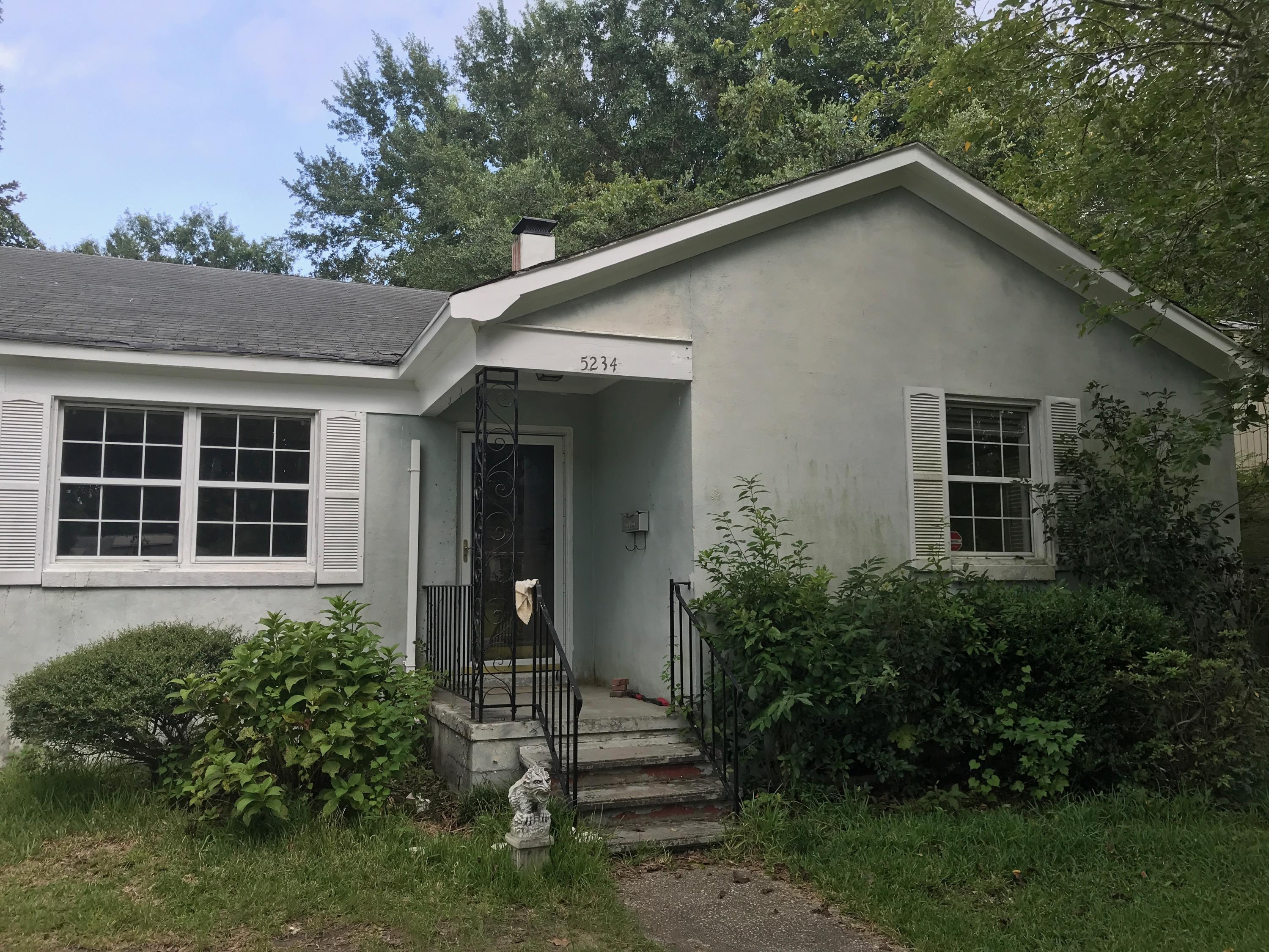 5234 Parkside Drive North Charleston, SC 29405