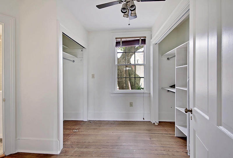 31 Savage Street Charleston, SC 29401