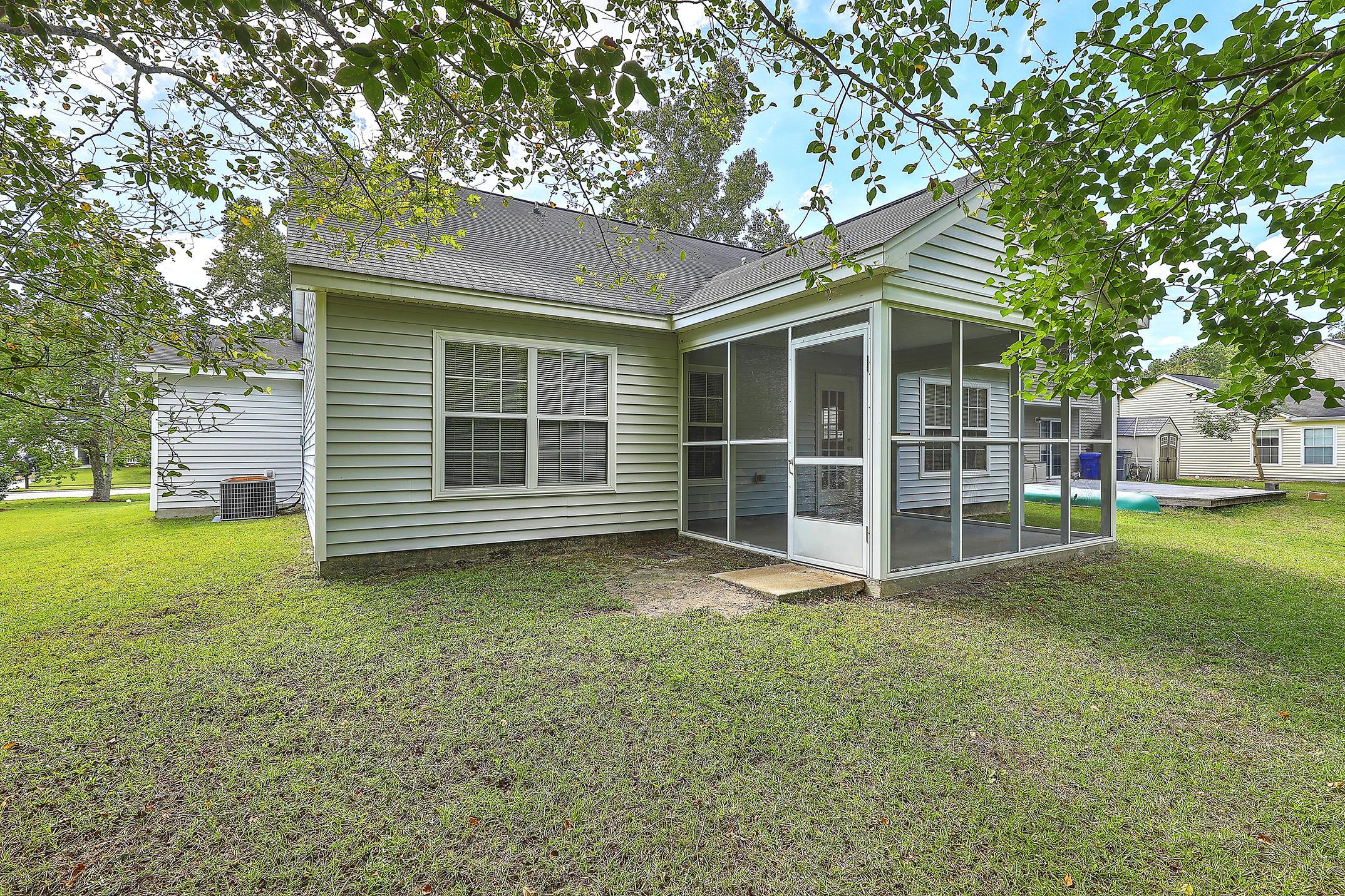 8613 Madelyn Street North Charleston, SC 29406