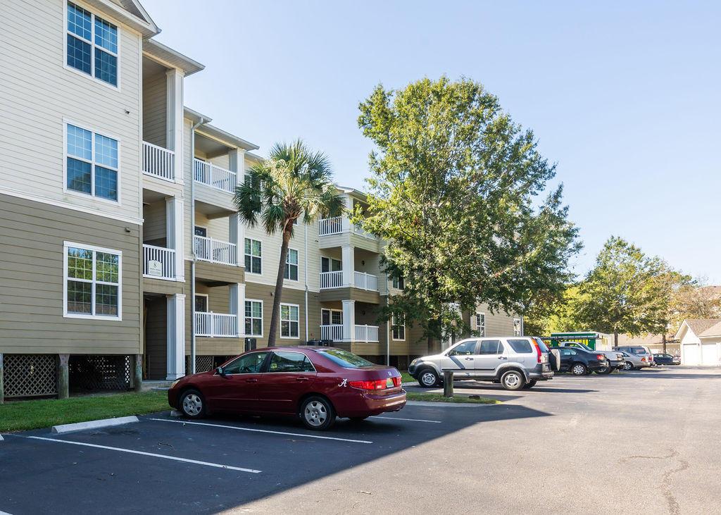700 #8303 Daniel Ellis Drive Charleston, SC 29412