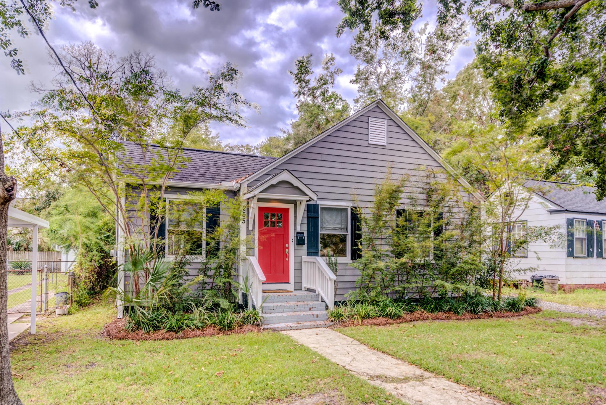 255 W Poplar Street Charleston, SC 29403