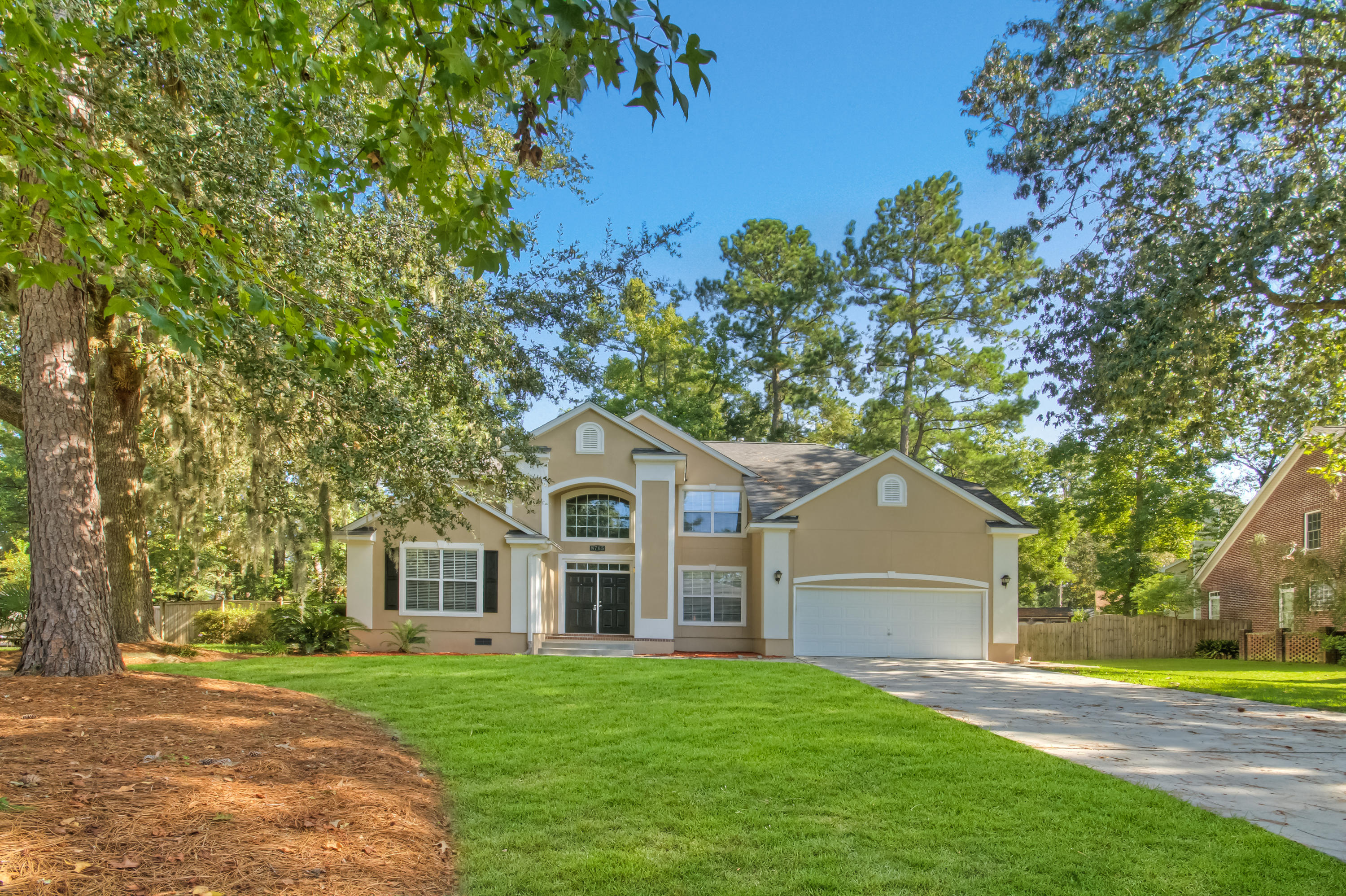 8765 Laurel Grove Lane North Charleston, SC 29420