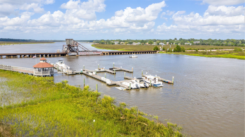 2337 Tall Sail Drive Charleston, SC 29414