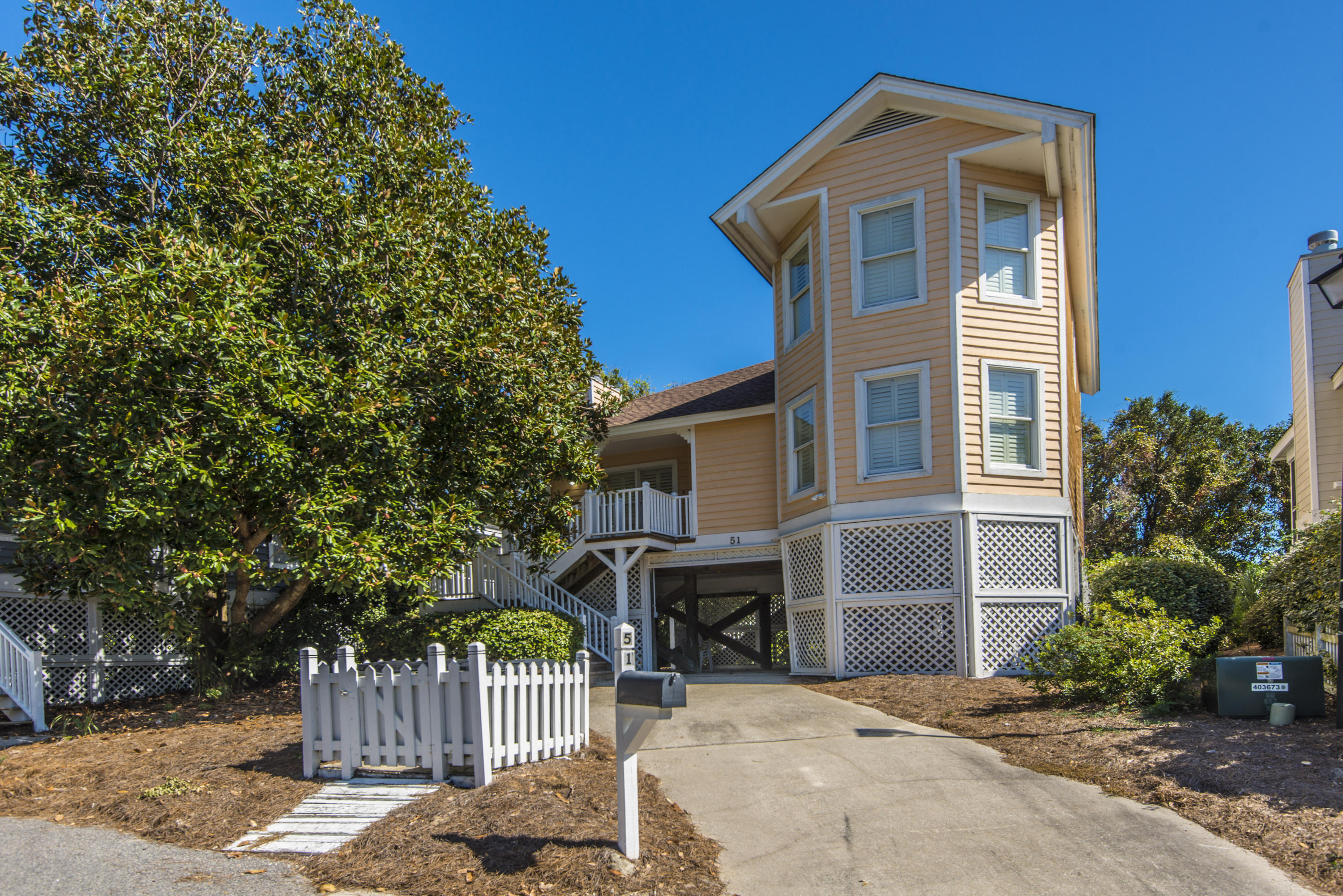 51 Pelican Reach Isle Of Palms, SC 29451